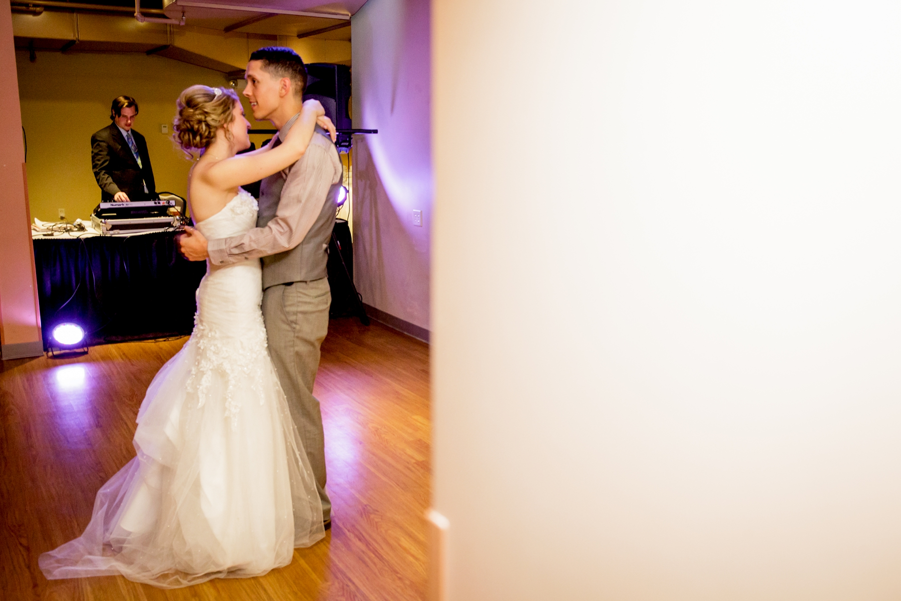 Brandon_Shafer_Photography_Kristen_Corey_Downtown_Grand_Rapids_Fall_Wedding0047.JPG