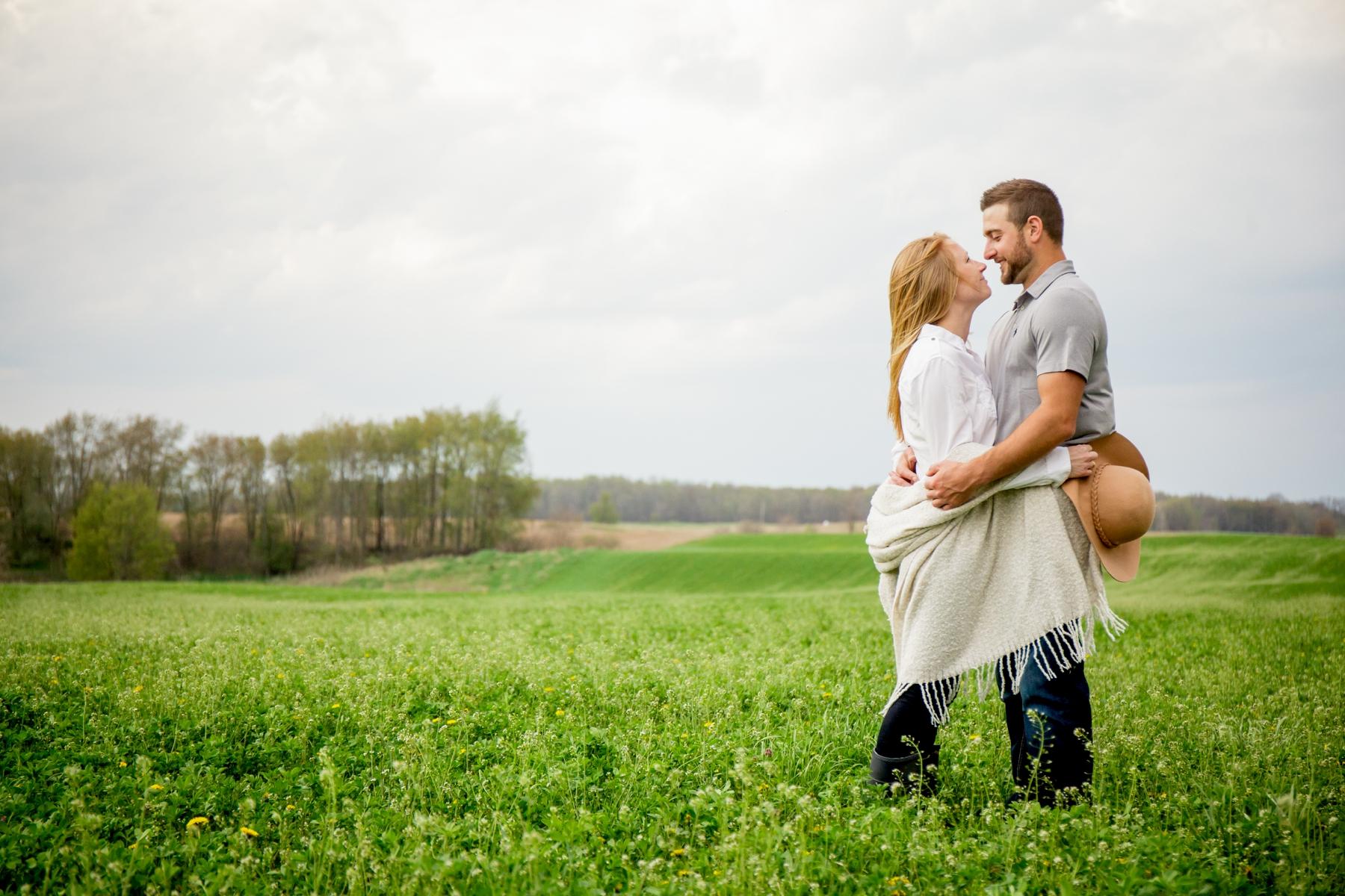 Brandon_Shafer_Photography_Shane_Ashley_Greenhouse_Farm_Michigan_Engagement_0027.jpg
