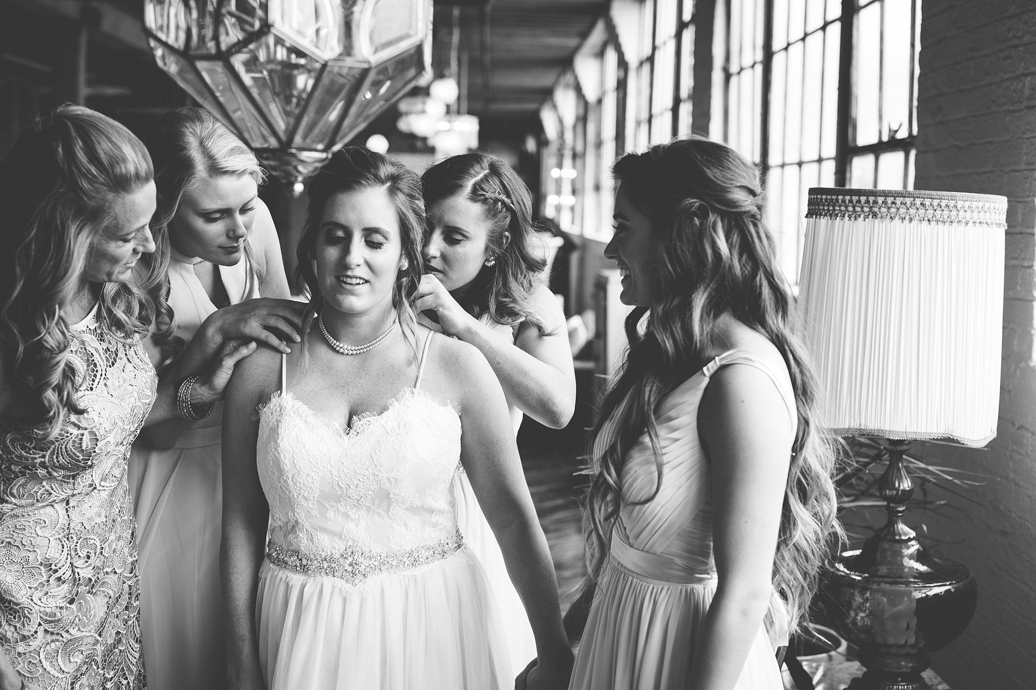 Meghan_Drew_Grand_Rapids_Cheney_place_Wedding016.JPG