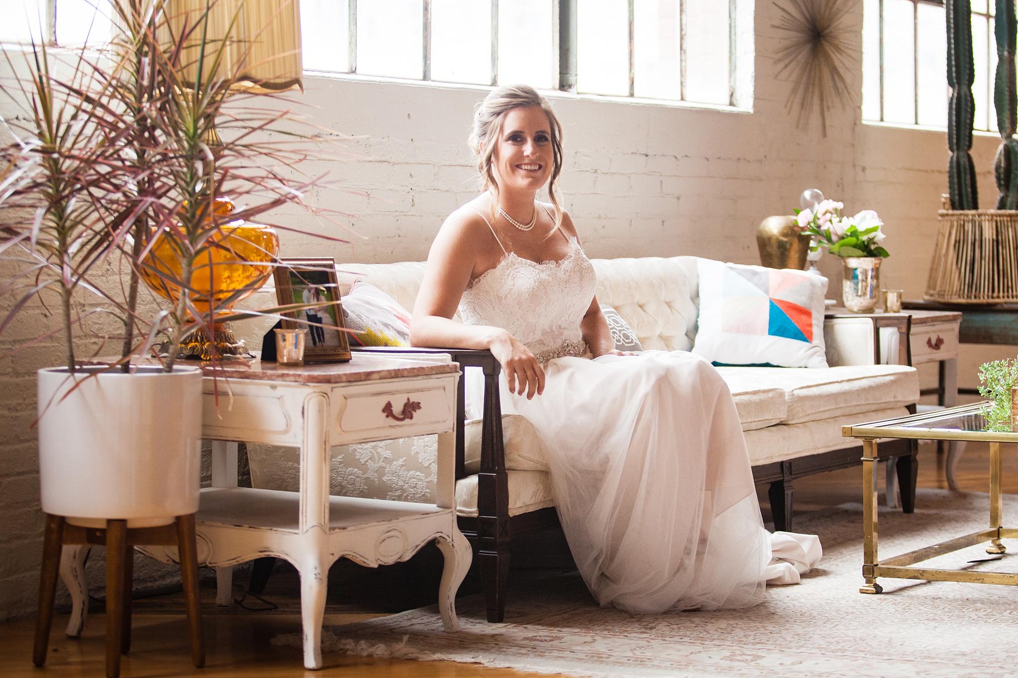 Meghan_Drew_Grand_Rapids_Cheney_place_Wedding018.JPG