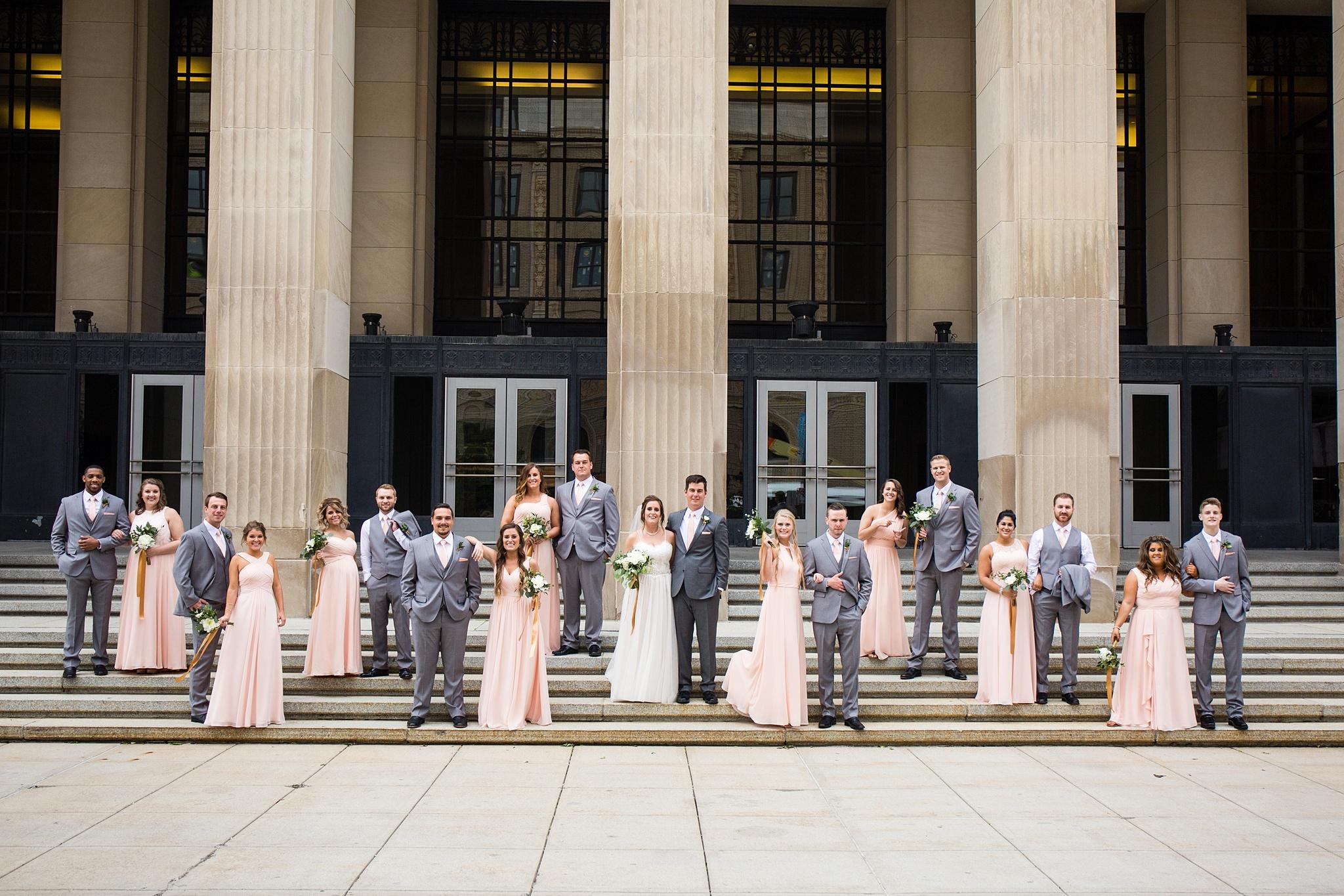 Meghan_Drew_Grand_Rapids_Cheney_place_Wedding038.JPG