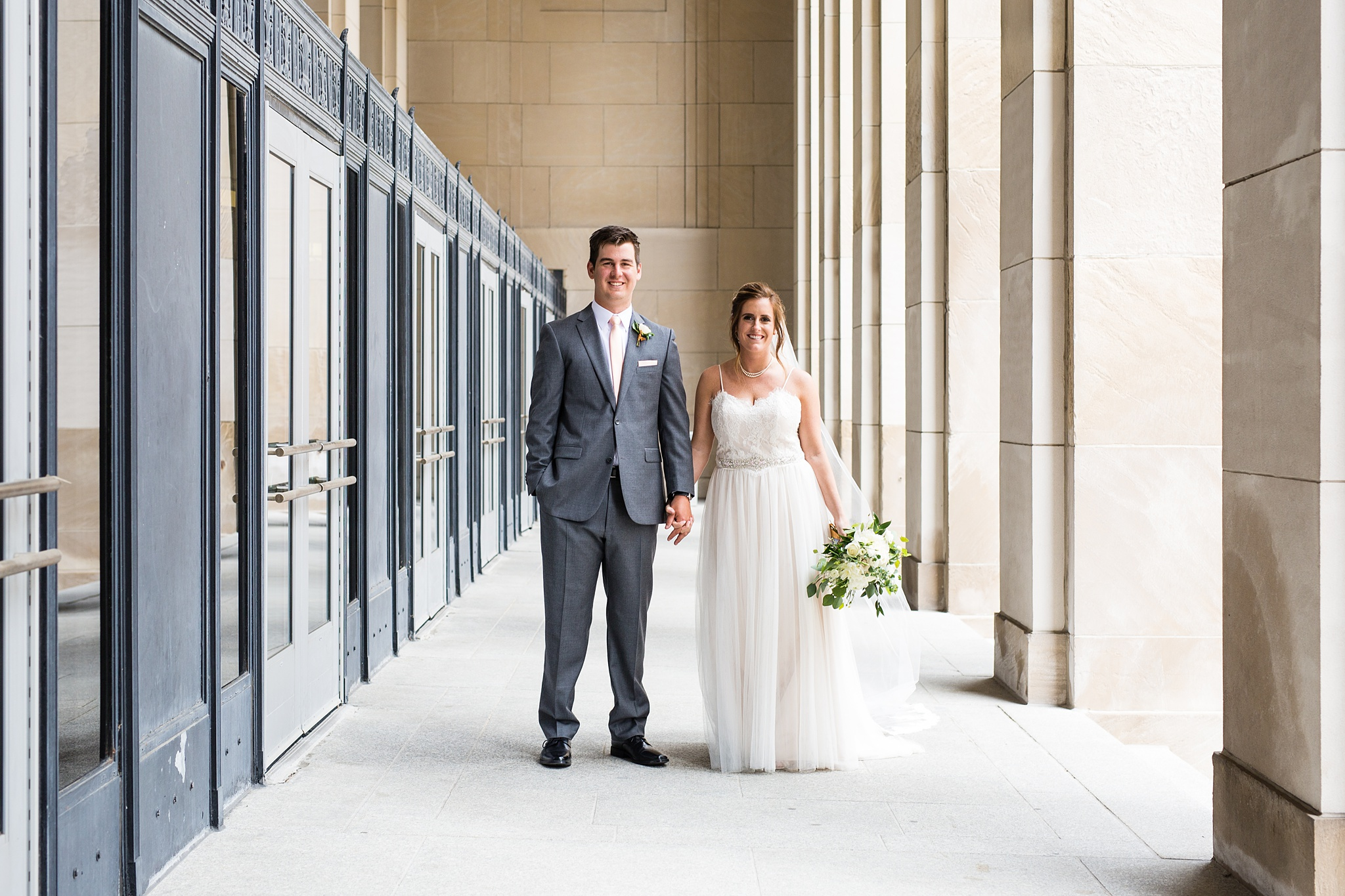 Meghan_Drew_Grand_Rapids_Cheney_place_Wedding042.JPG