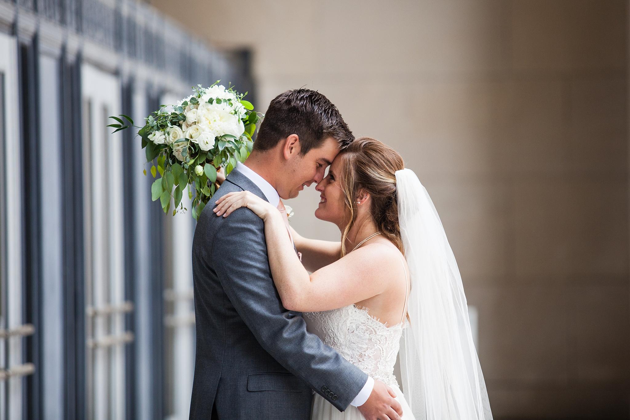 Meghan_Drew_Grand_Rapids_Cheney_place_Wedding044.JPG
