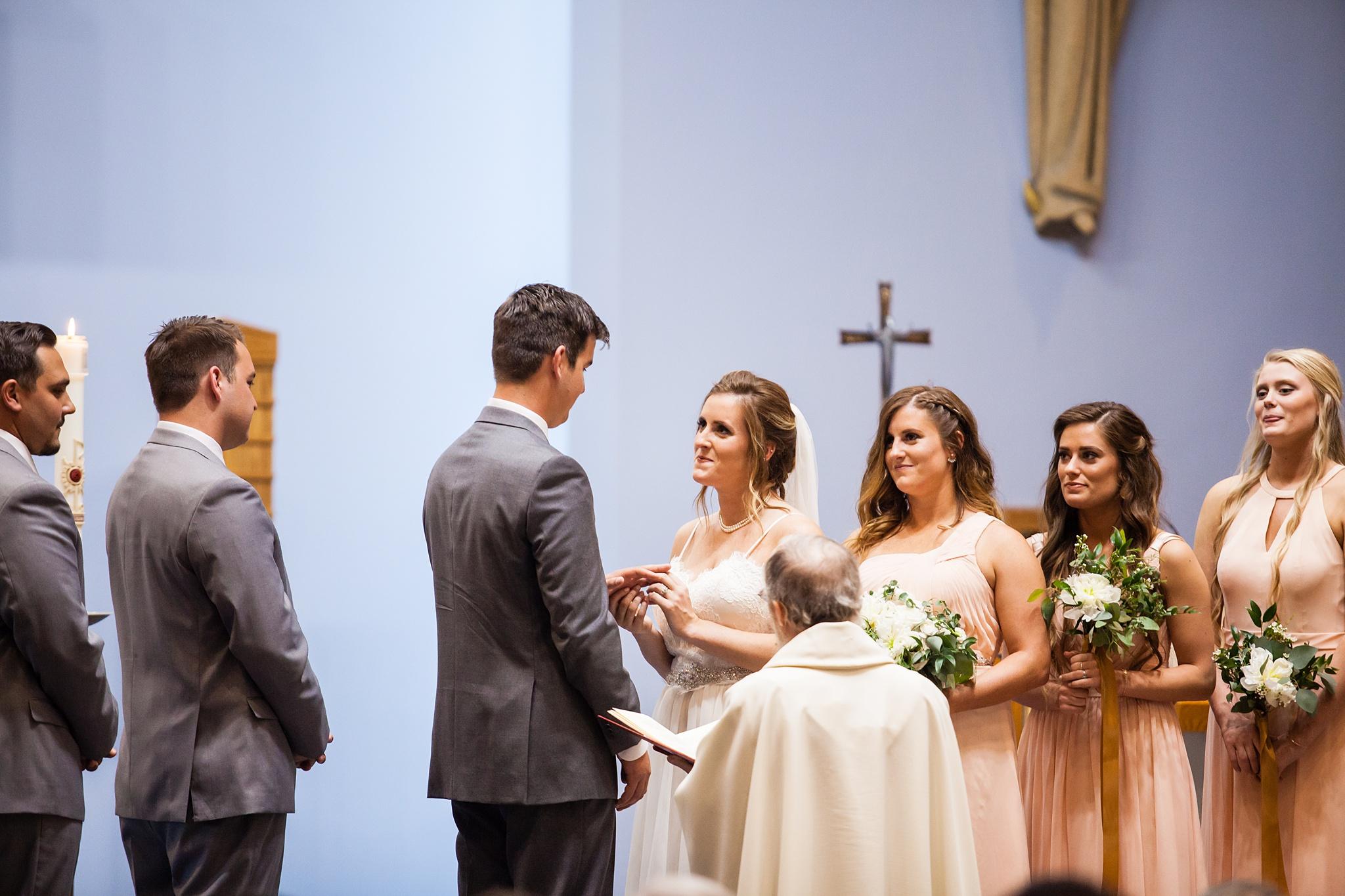 Meghan_Drew_Grand_Rapids_Cheney_place_Wedding053.JPG
