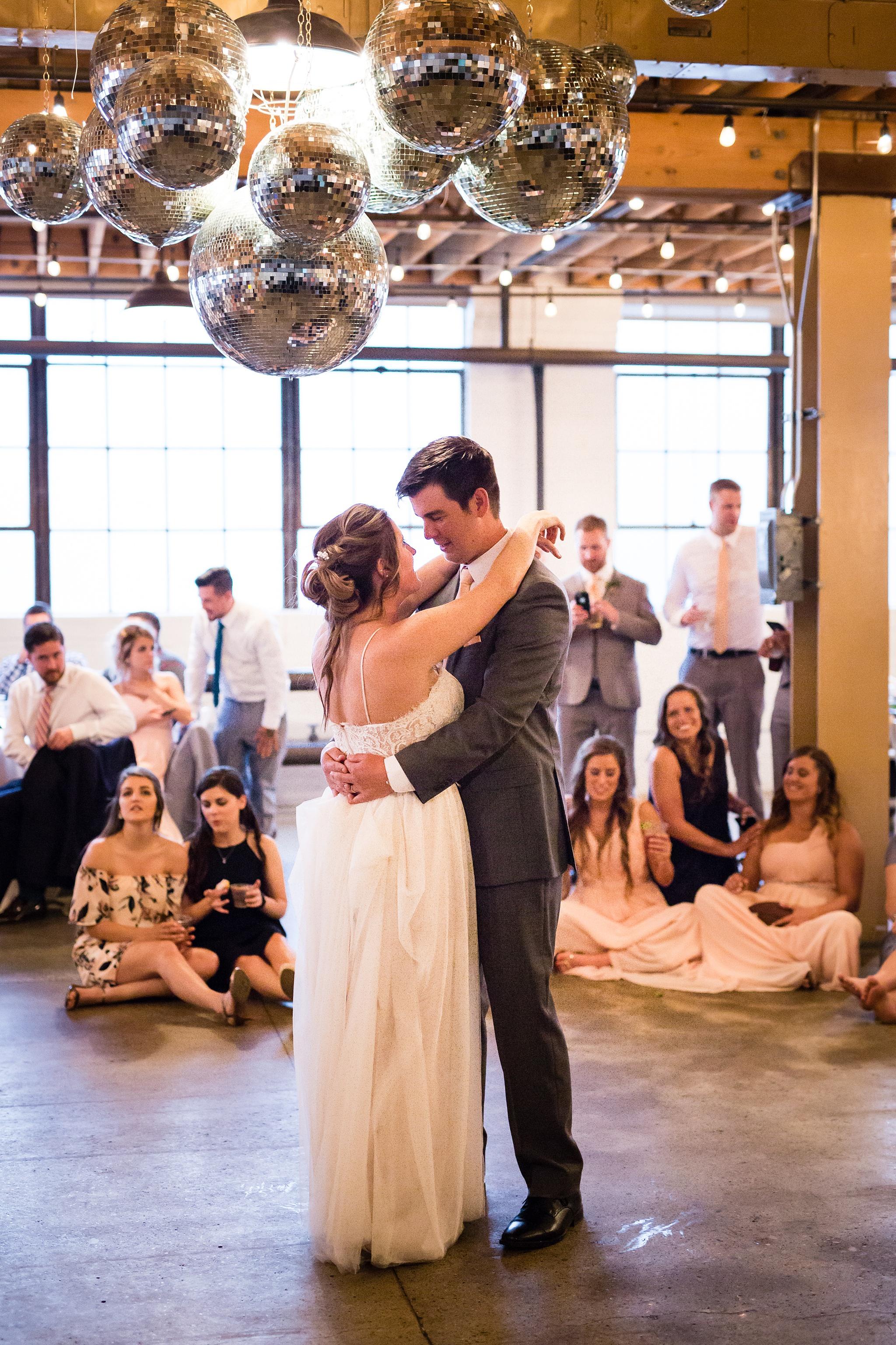 Meghan_Drew_Grand_Rapids_Cheney_place_Wedding086.JPG