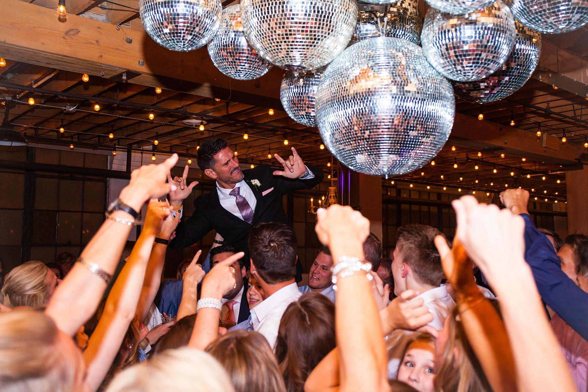 Meghan_Drew_Grand_Rapids_Cheney_place_Wedding096.JPG