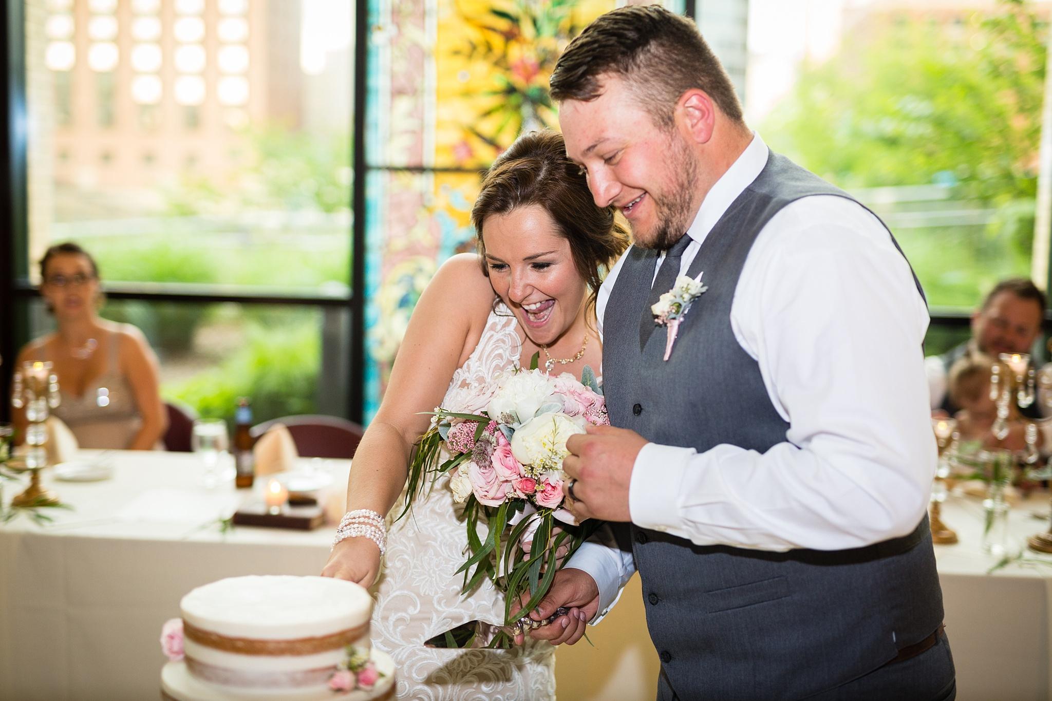 Aleshia&Matt_Wedding551.jpg