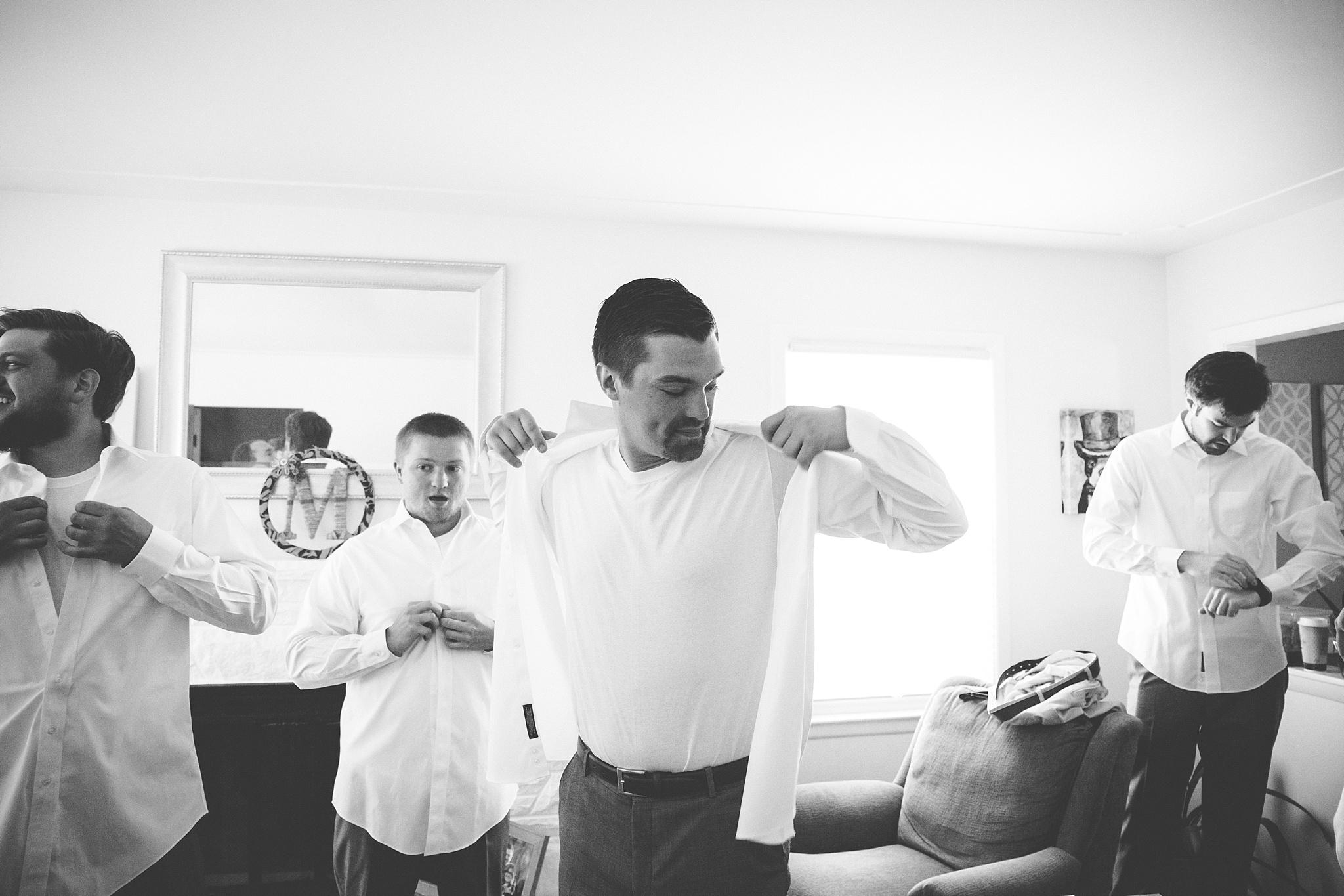 Mandi_Jack_Treehouse_Grand_Rapids_Wedding_0011.jpg