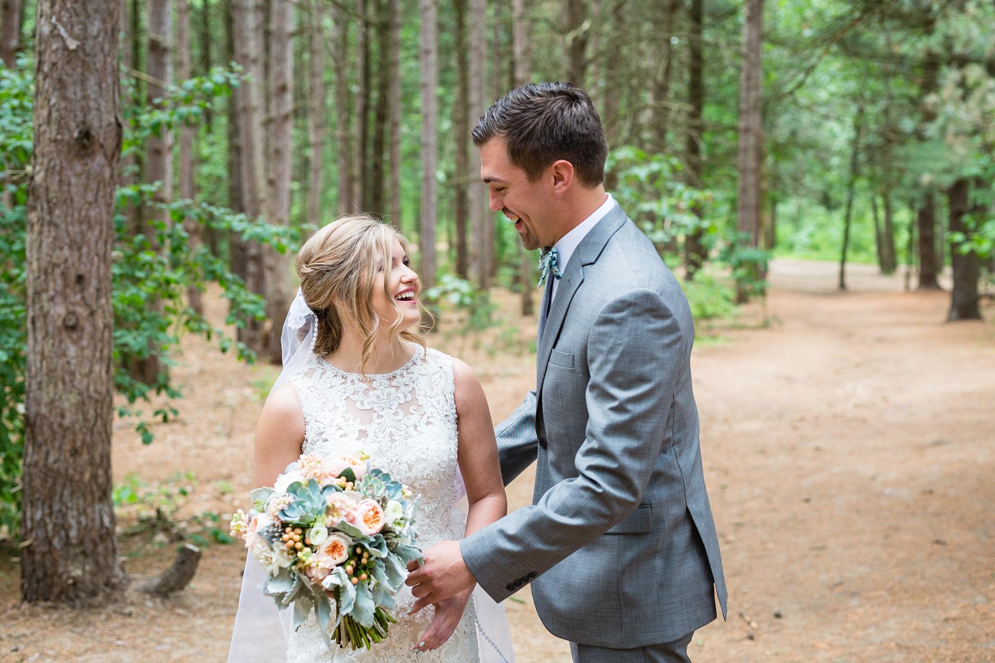 Mandi_Jack_Treehouse_Grand_Rapids_Wedding_0019.jpg