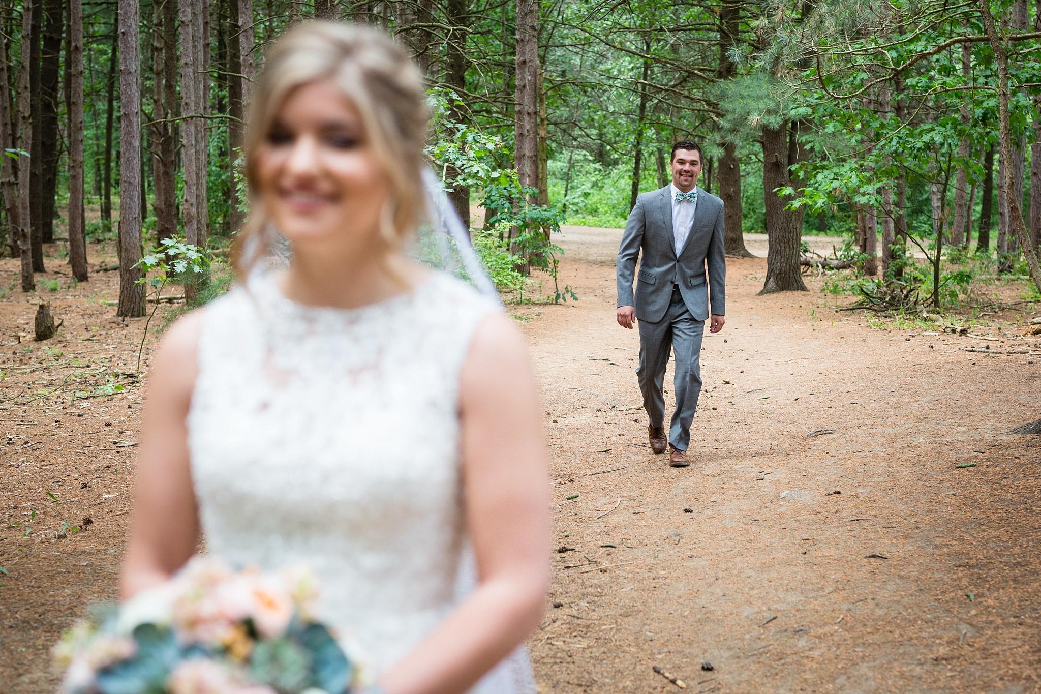 Mandi_Jack_Treehouse_Grand_Rapids_Wedding_0018.jpg