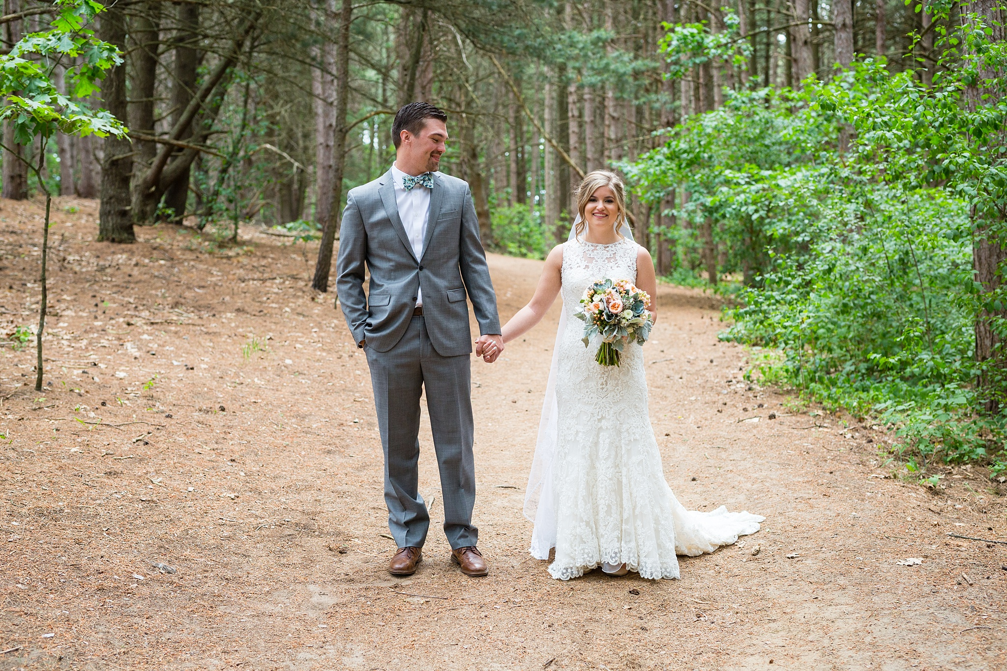 Mandi_Jack_Treehouse_Grand_Rapids_Wedding_0023.jpg