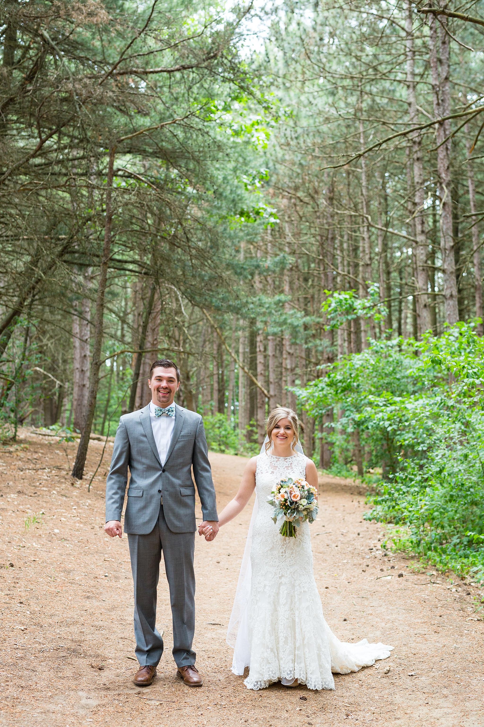 Mandi_Jack_Treehouse_Grand_Rapids_Wedding_0022.jpg
