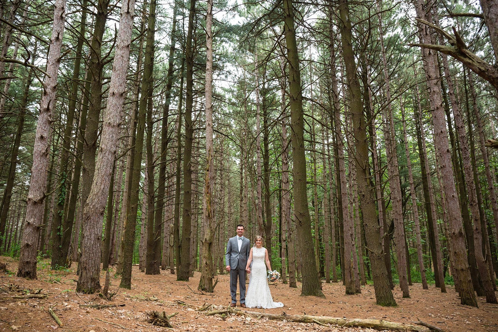 Mandi_Jack_Treehouse_Grand_Rapids_Wedding_0026.jpg