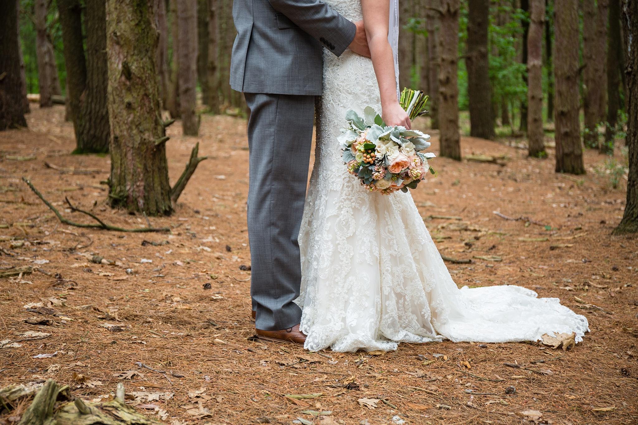 Mandi_Jack_Treehouse_Grand_Rapids_Wedding_0028.jpg