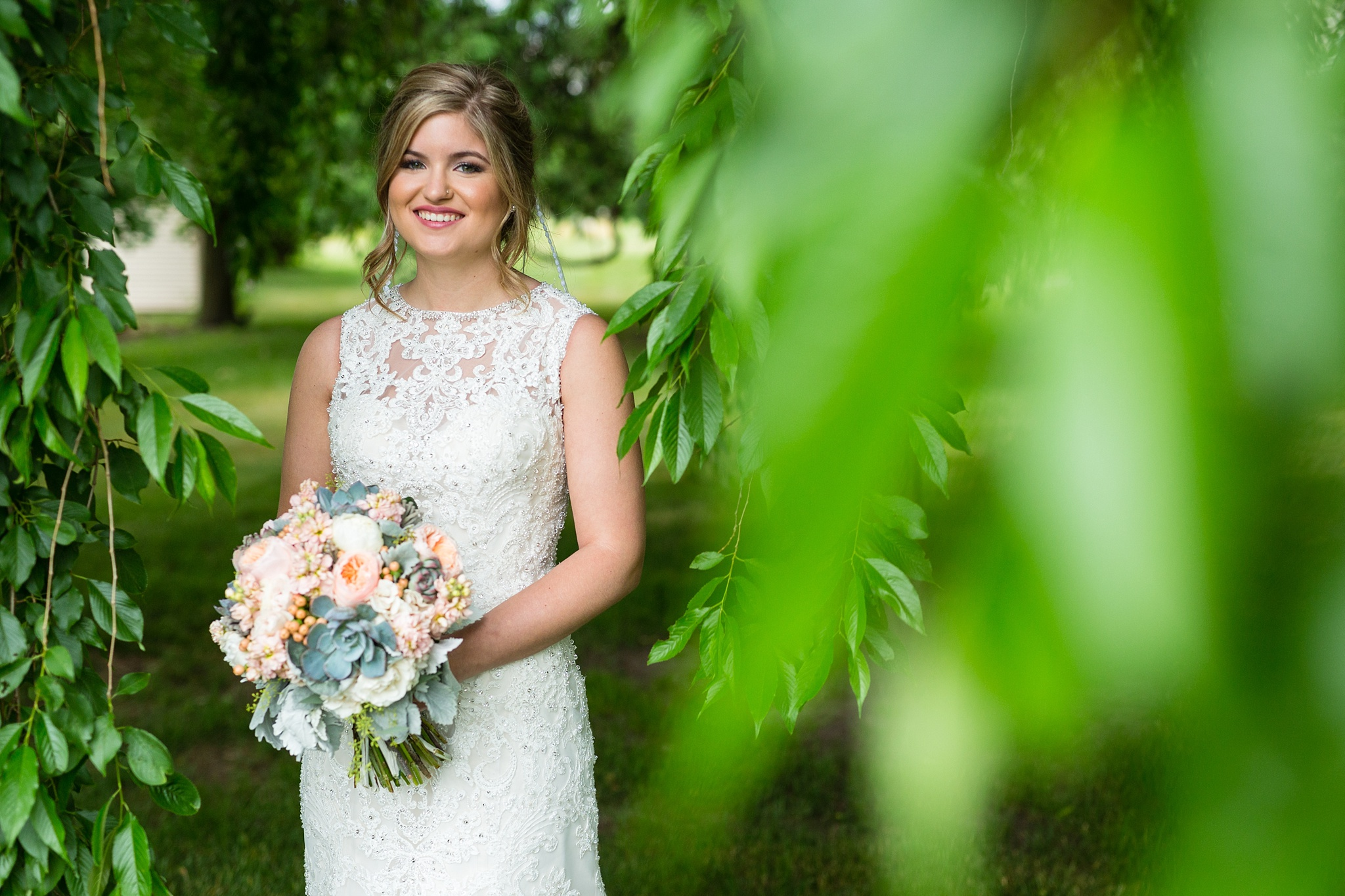 Mandi_Jack_Treehouse_Grand_Rapids_Wedding_0036.jpg