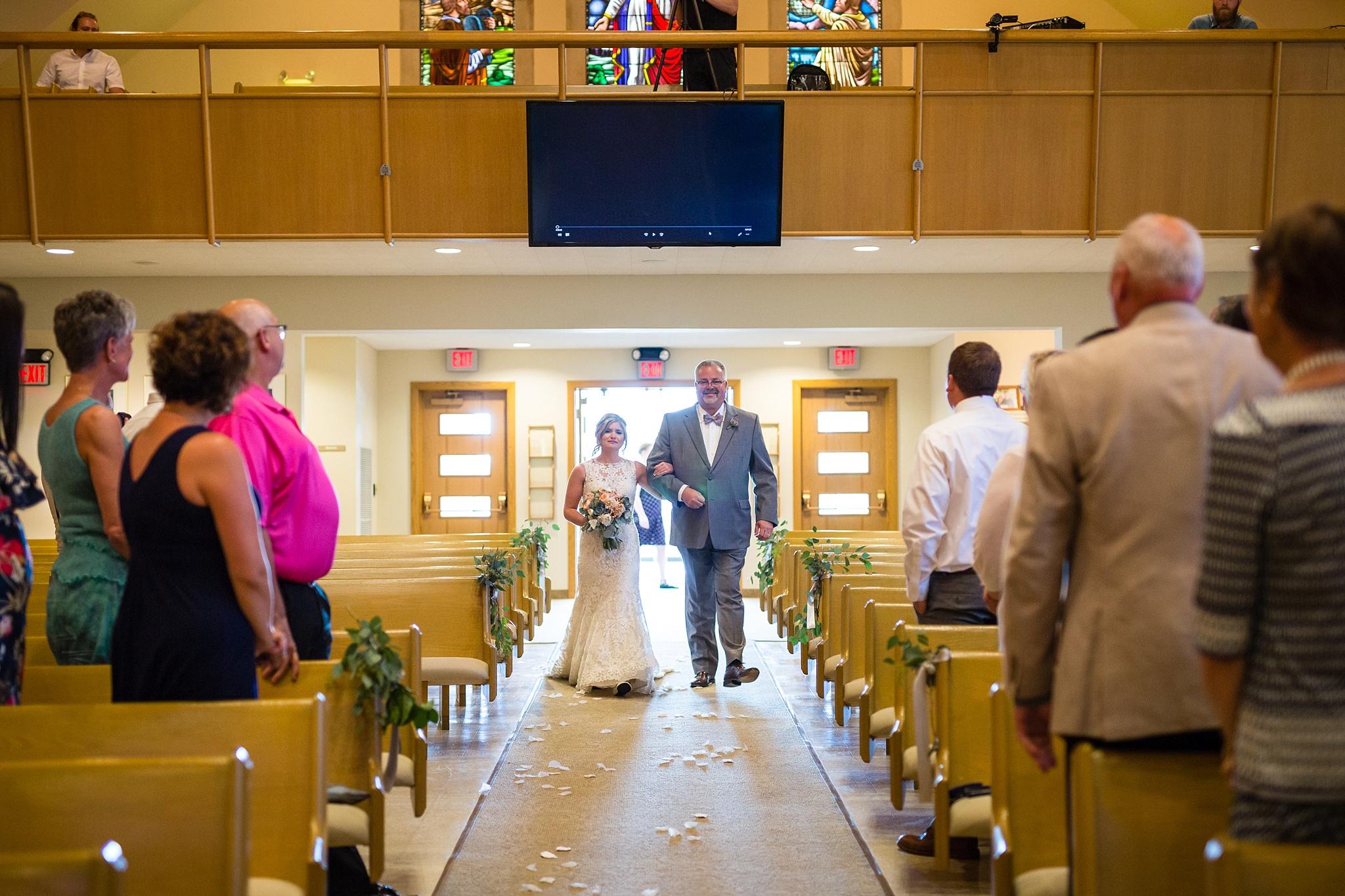 Mandi_Jack_Treehouse_Grand_Rapids_Wedding_0043.jpg