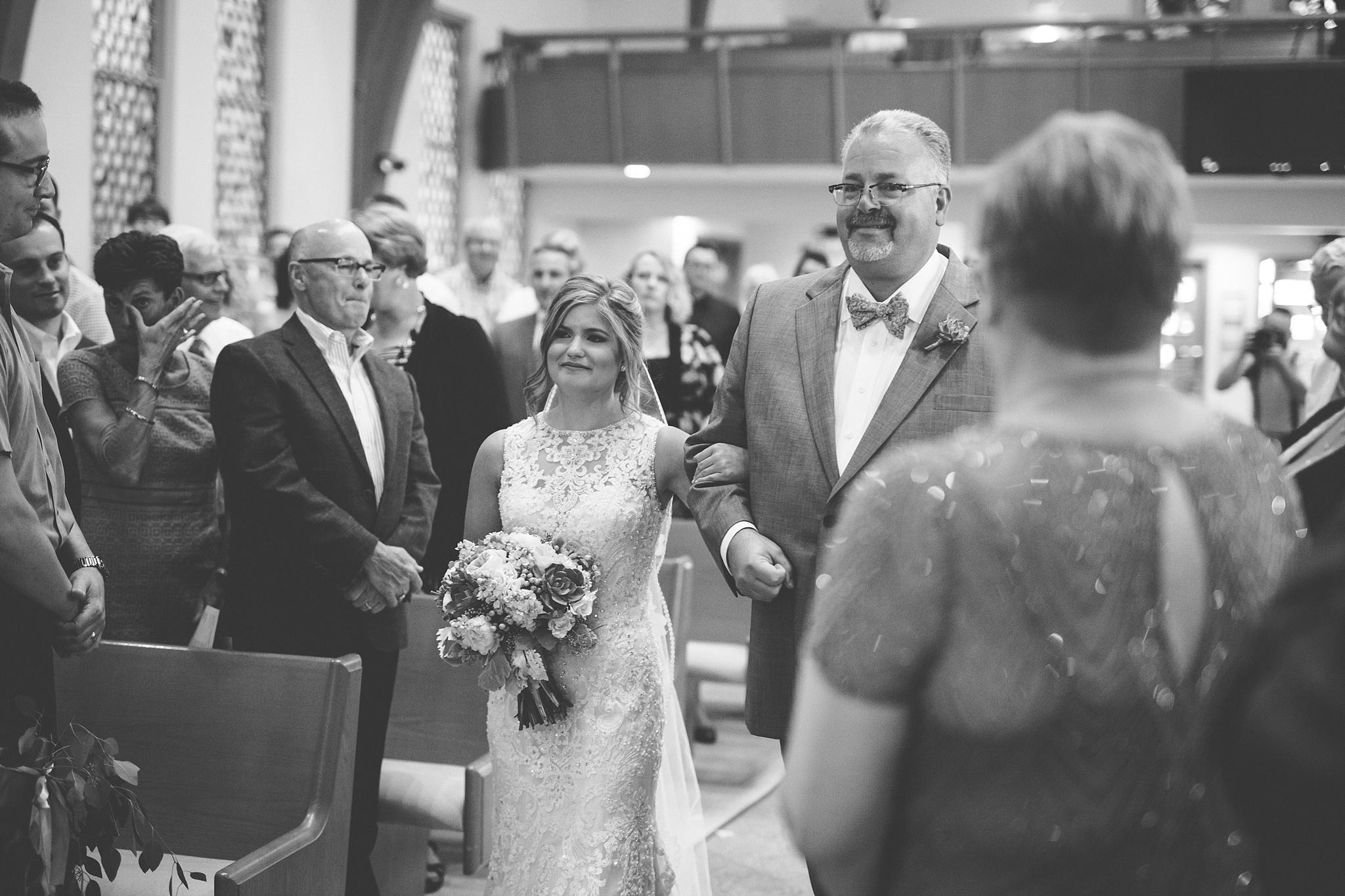 Mandi_Jack_Treehouse_Grand_Rapids_Wedding_0044.jpg