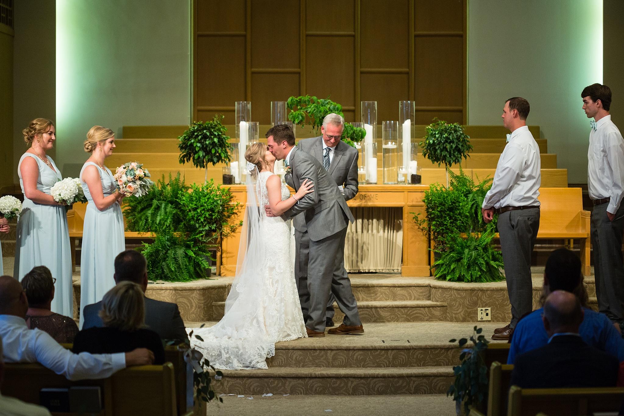 Mandi_Jack_Treehouse_Grand_Rapids_Wedding_0049.jpg