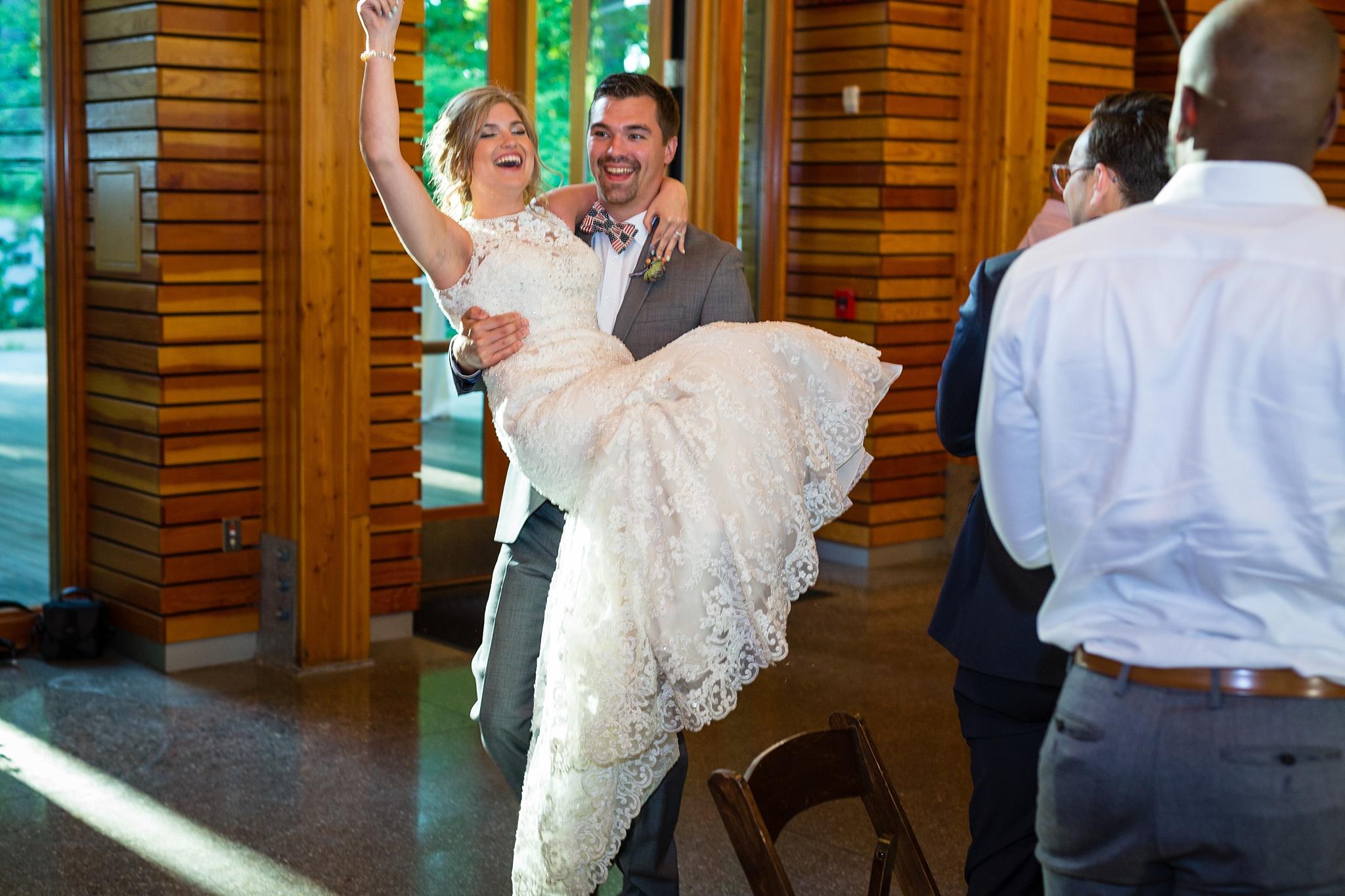 Mandi_Jack_Treehouse_Grand_Rapids_Wedding_0067.jpg