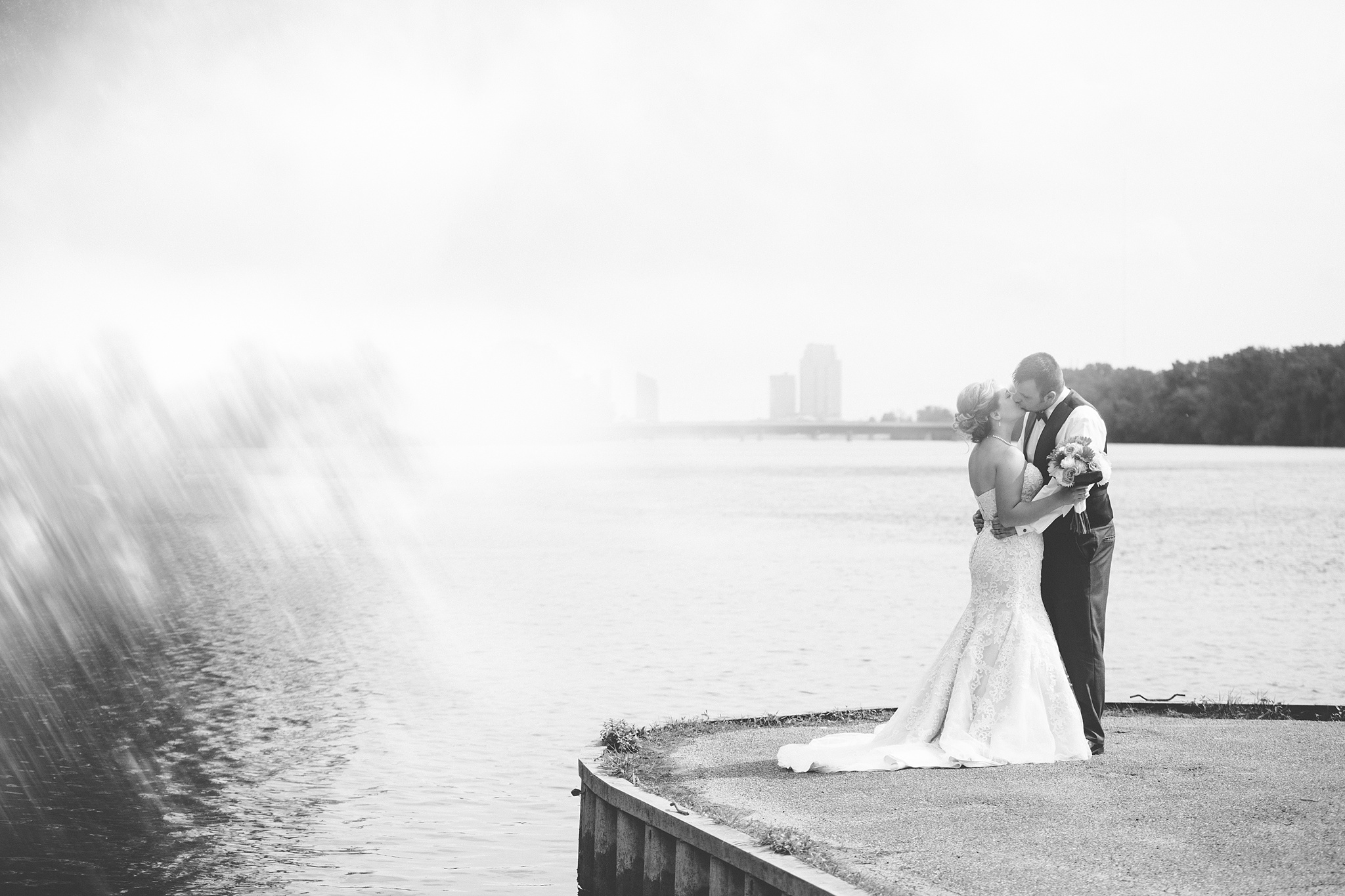 Brandon_Shafer_Photography_Grand_Rapids_Bride_Groom_0042.jpg