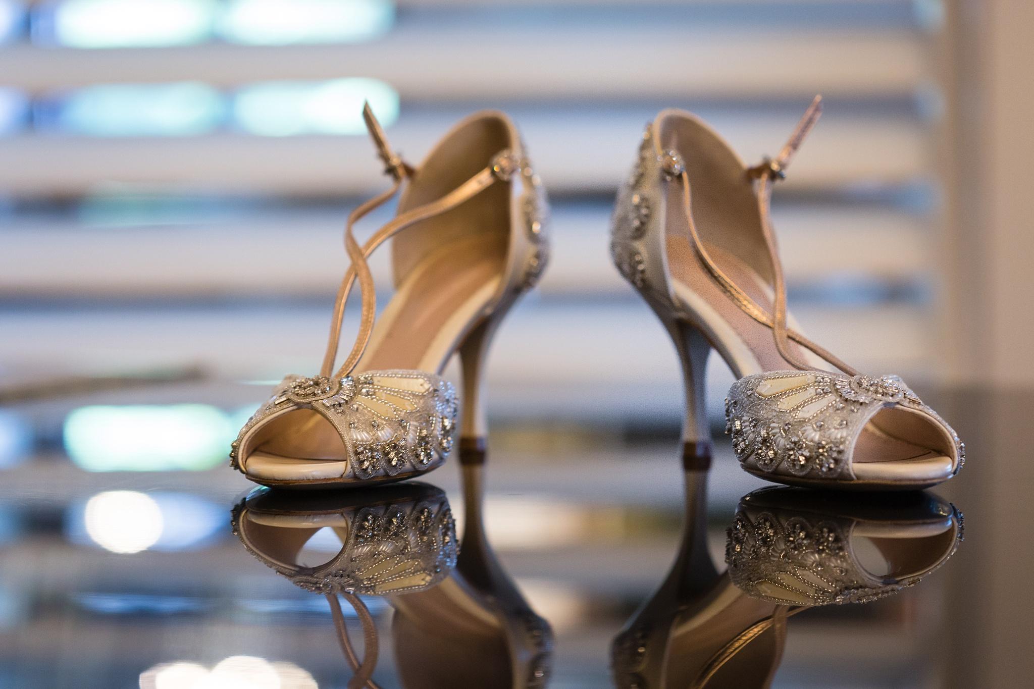 Becky_Cameron_Grand_Rapids_Blythefield Country_Club_Wedding004.JPG