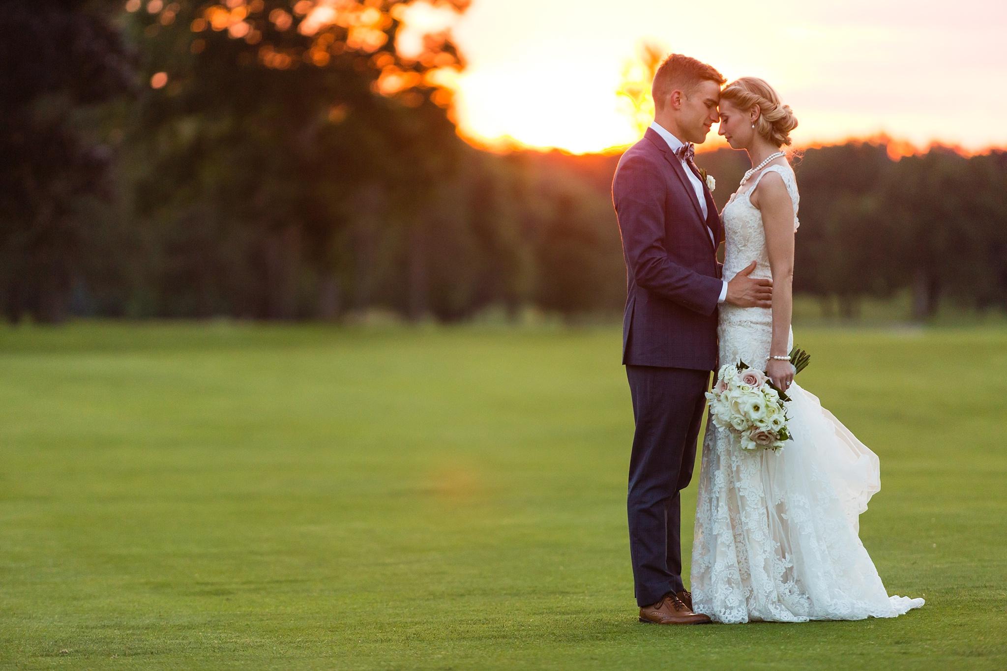 Becky_Cameron_Grand_Rapids_Blythefield Country_Club_Wedding062.JPG
