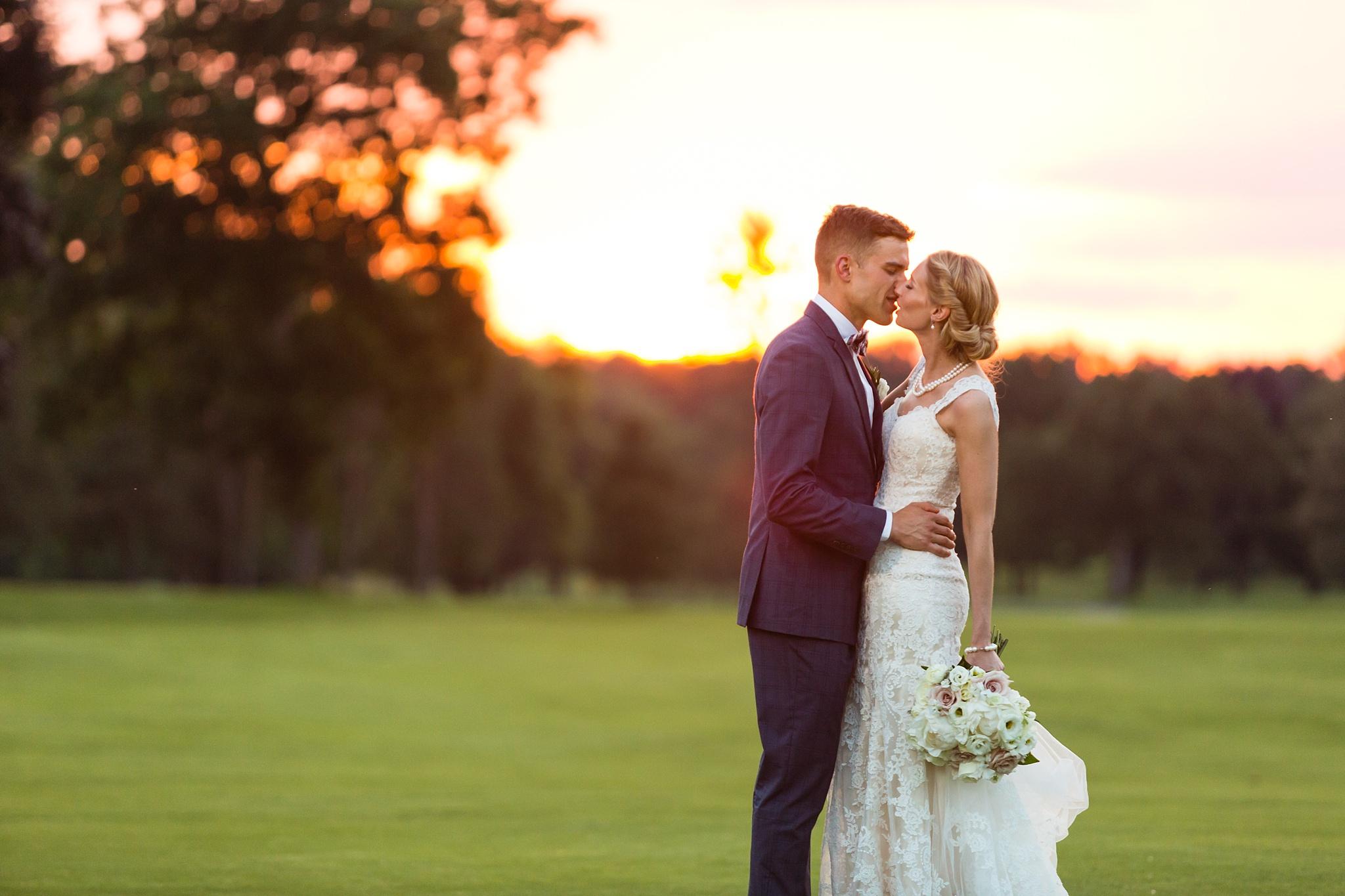 Becky_Cameron_Grand_Rapids_Blythefield Country_Club_Wedding063.JPG