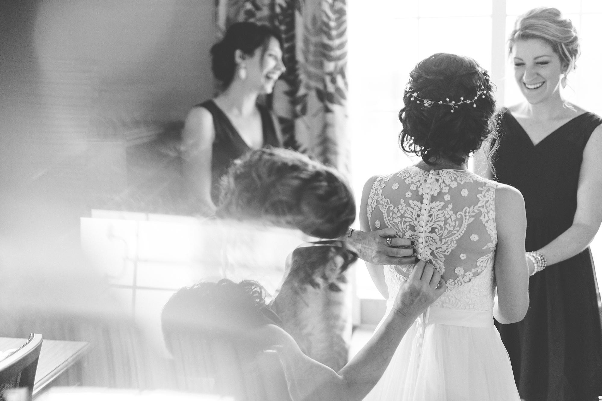 Brandon_Shafer_Photography_Lauren_Ethan_New_Vintage_Place_Grand_Rapids_Wedding_0016.jpg