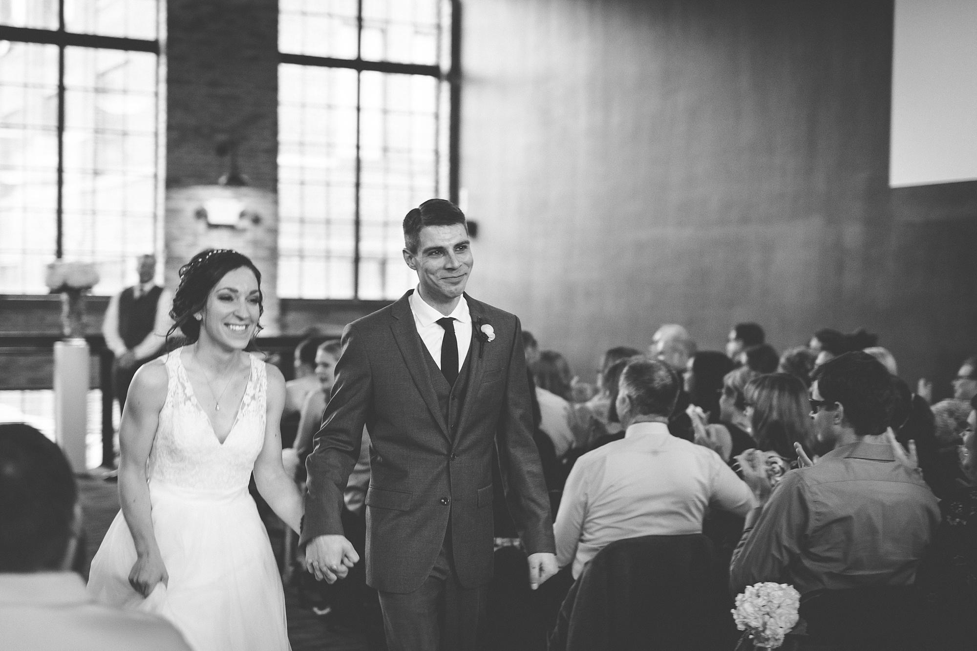 Brandon_Shafer_Photography_Lauren_Ethan_New_Vintage_Place_Grand_Rapids_Wedding_0040.jpg