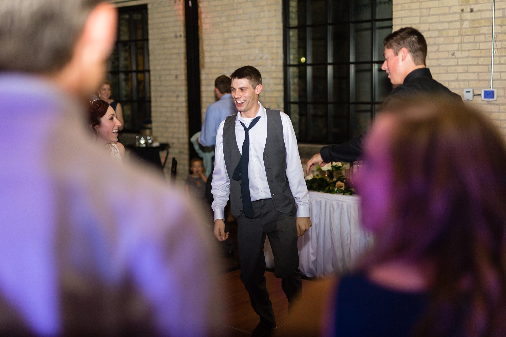 Brandon_Shafer_Photography_Lauren_Ethan_New_Vintage_Place_Grand_Rapids_Wedding_0053.jpg