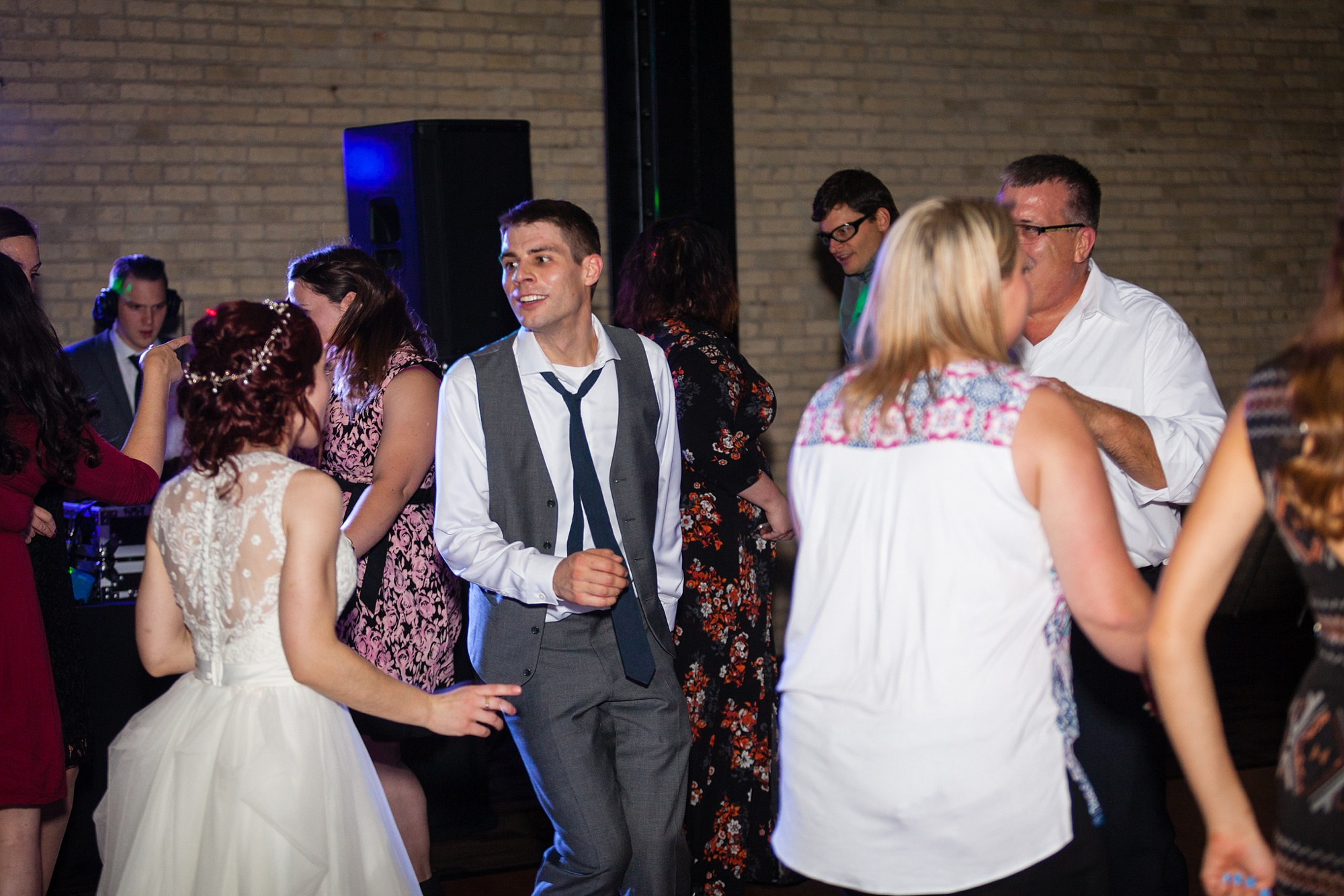 Brandon_Shafer_Photography_Lauren_Ethan_New_Vintage_Place_Grand_Rapids_Wedding_0057.jpg