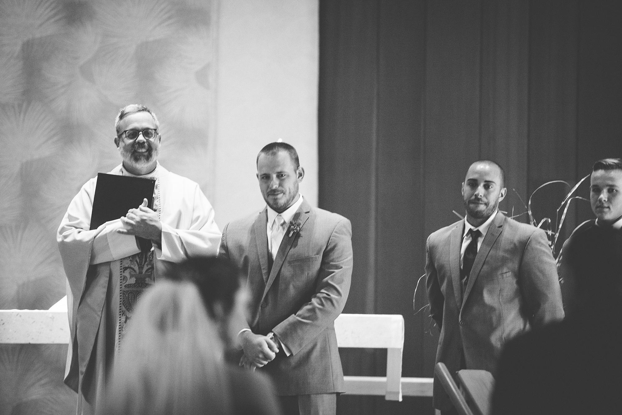 Brandon_Shafer_Photography_Emily_Travis_Kalamazoo_Wedding_Photography_0023.jpg