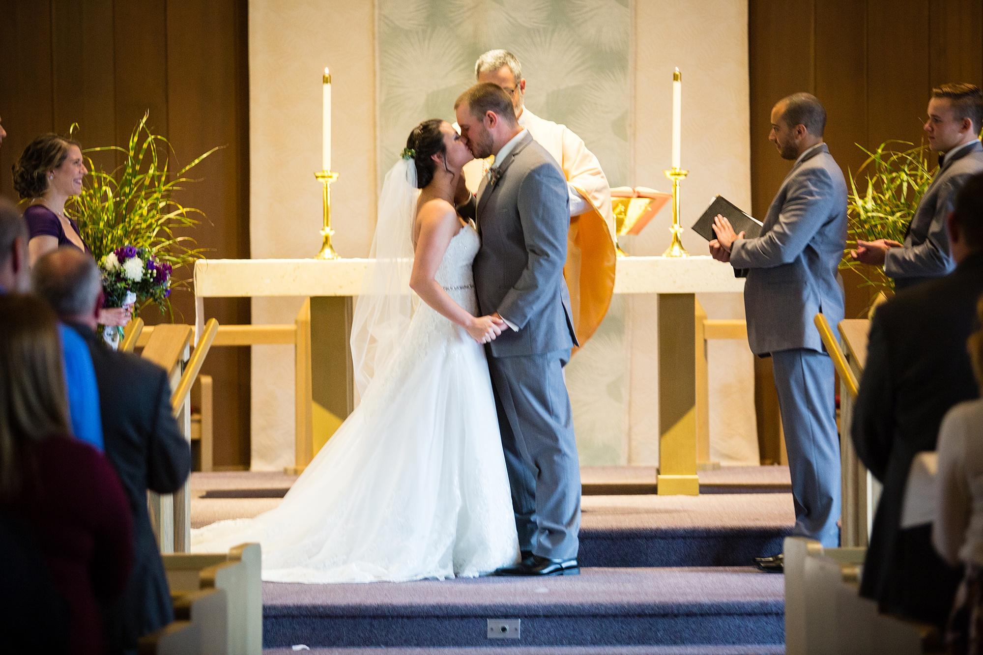 Brandon_Shafer_Photography_Emily_Travis_Kalamazoo_Wedding_Photography_0028.jpg