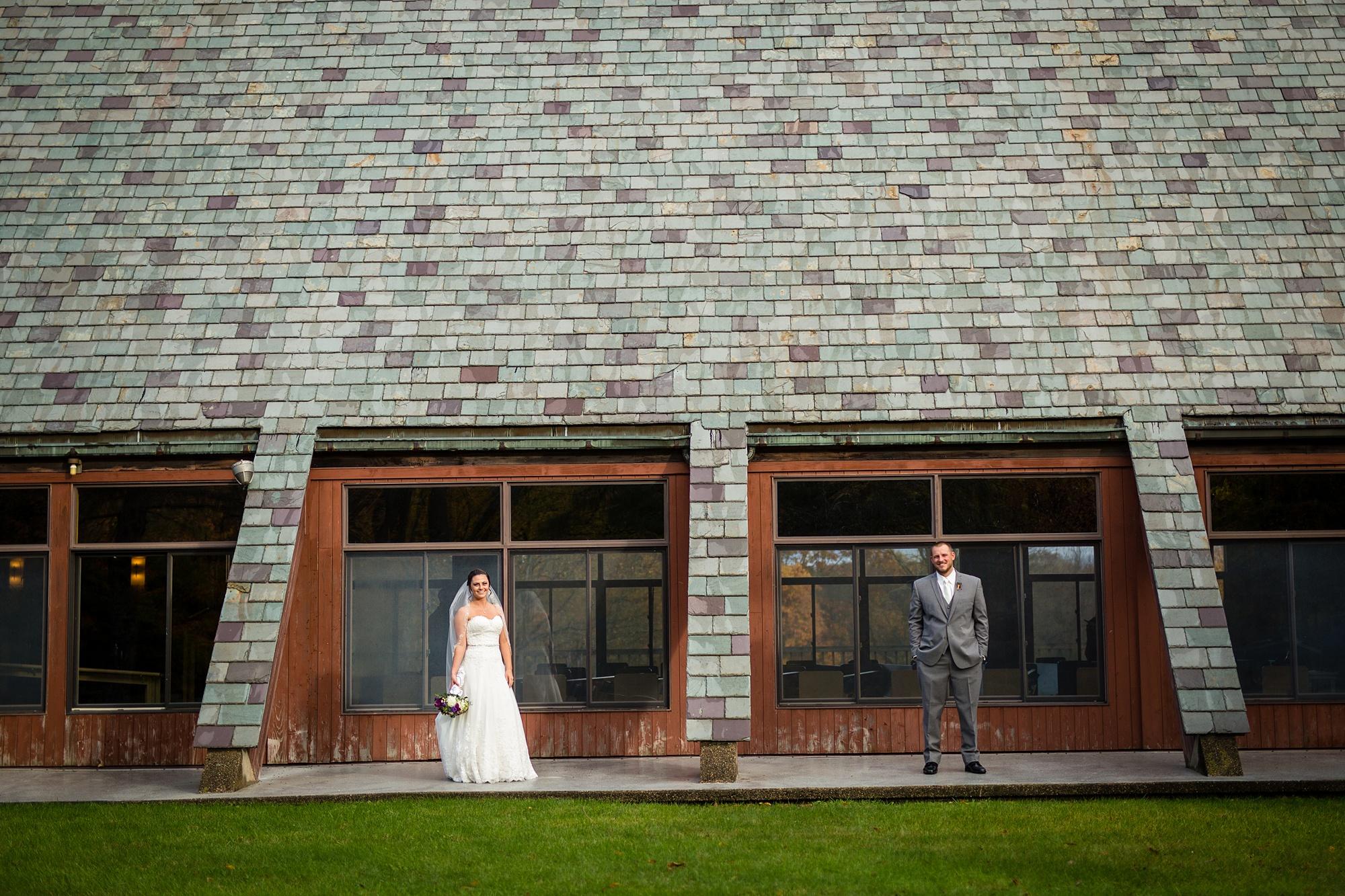Brandon_Shafer_Photography_Emily_Travis_Kalamazoo_Wedding_Photography_0032.jpg