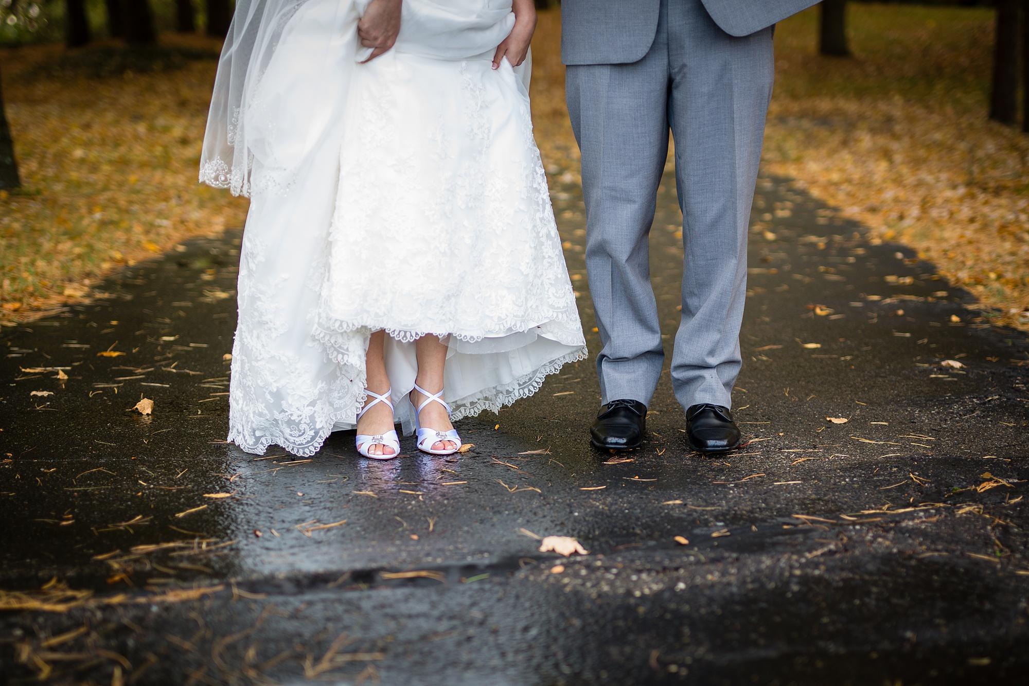 Brandon_Shafer_Photography_Emily_Travis_Kalamazoo_Wedding_Photography_0035.jpg