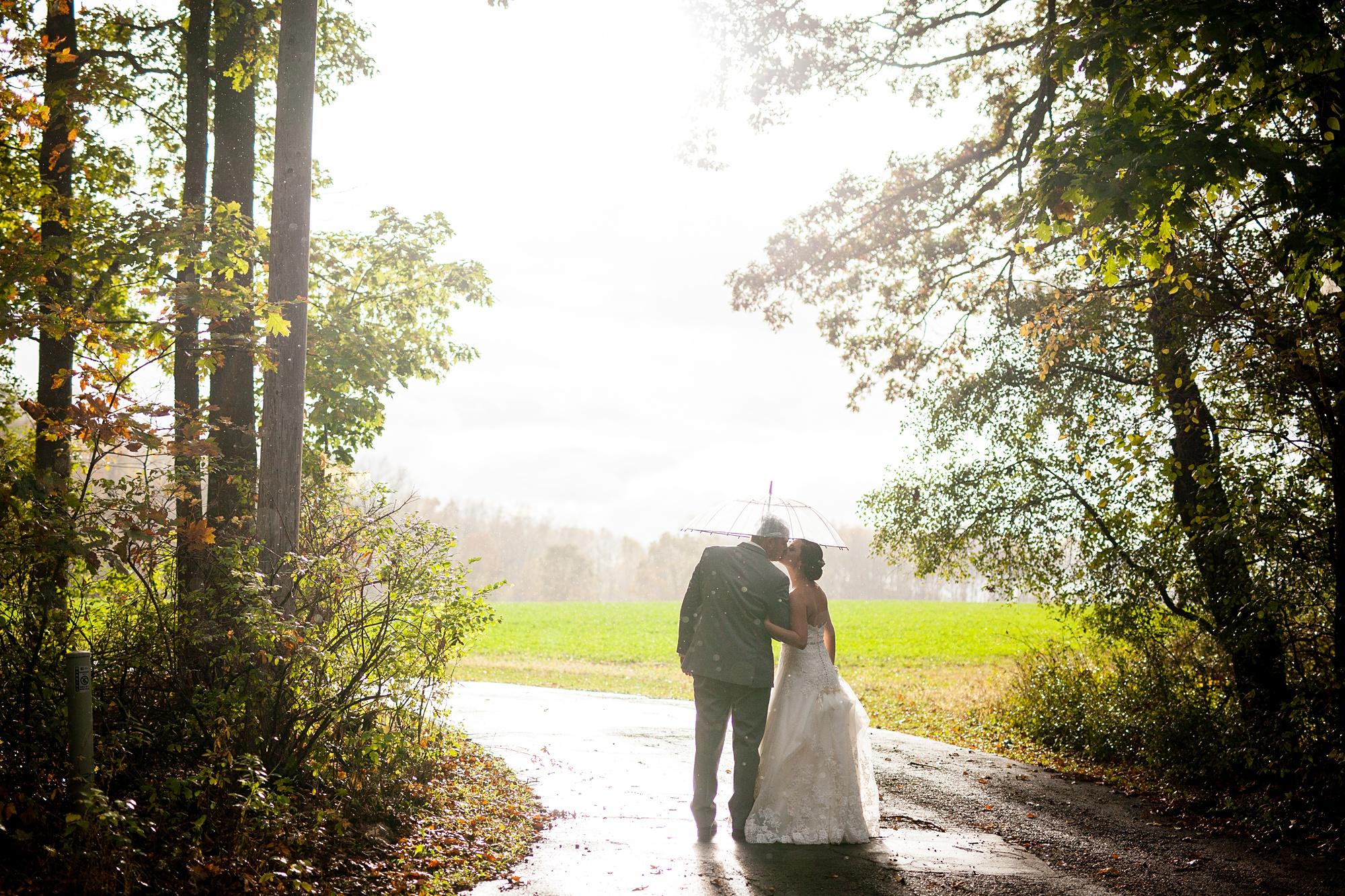 Brandon_Shafer_Photography_Emily_Travis_Kalamazoo_Wedding_Photography_0036.jpg