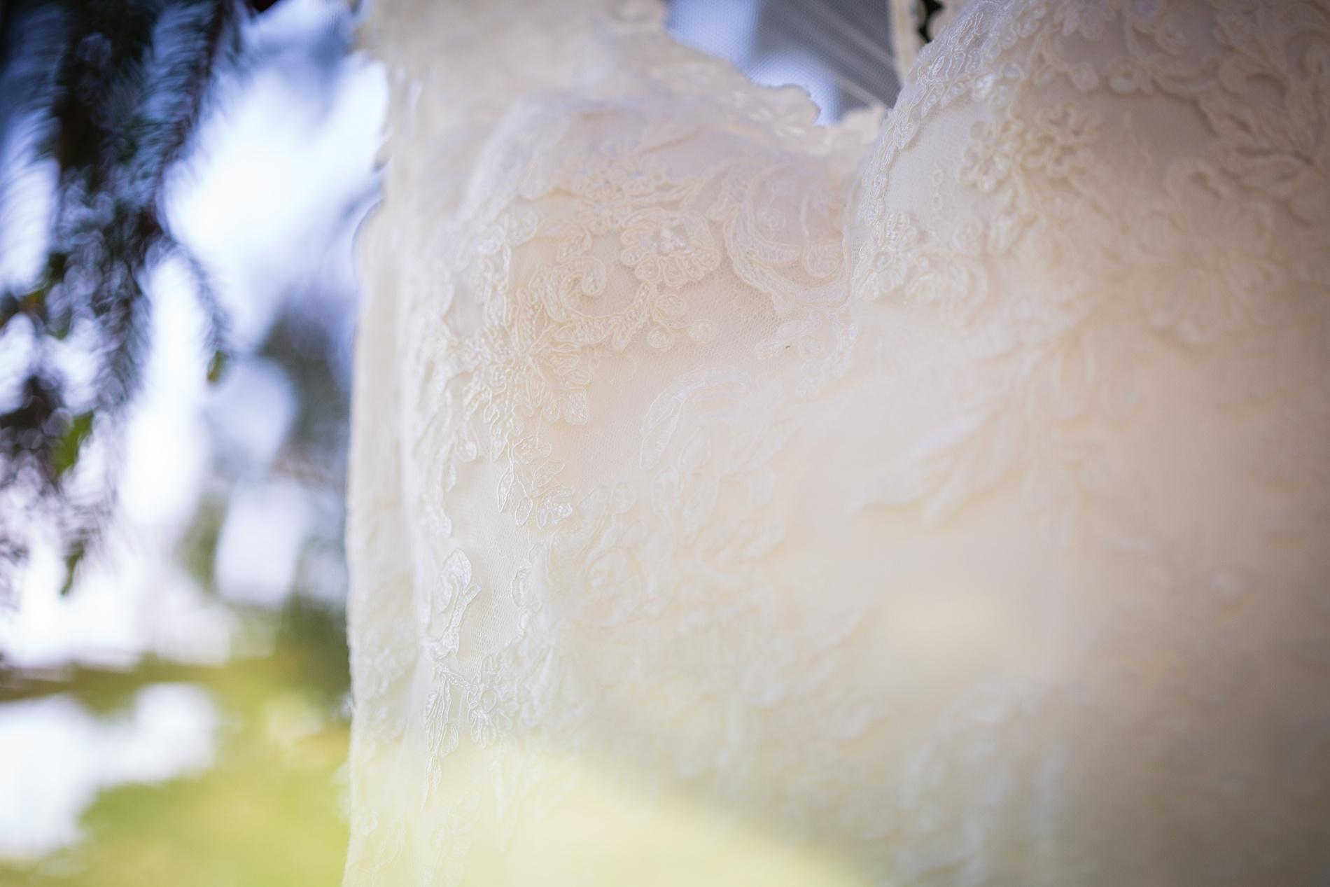 Brandon_Shafer_Photography_Brett_Autumn_Wedding_0010.jpg