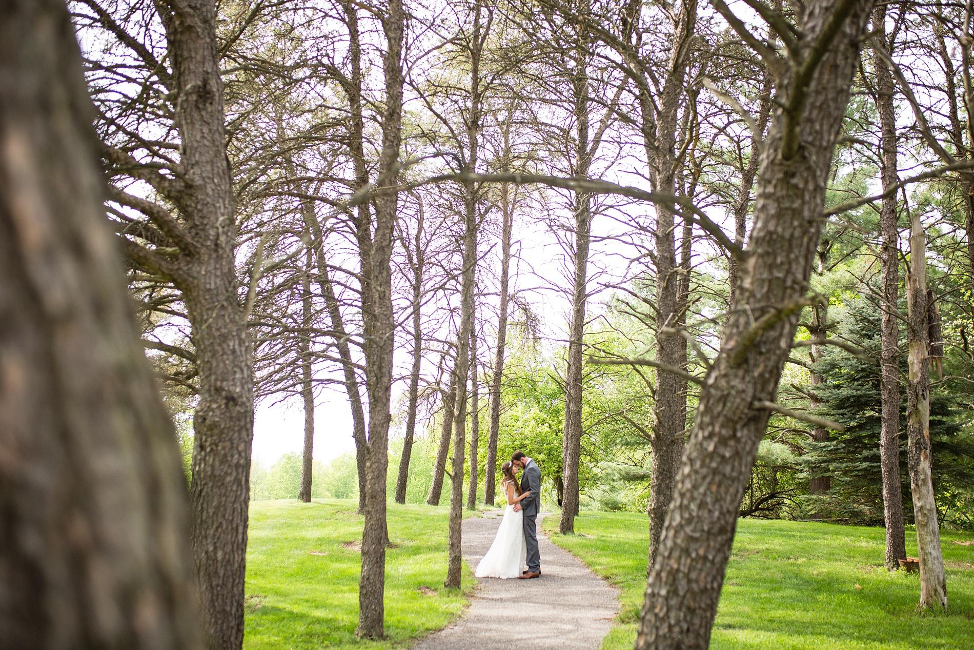 Brandon_Shafer_Photography_Brett_Autumn_Wedding_0032.jpg