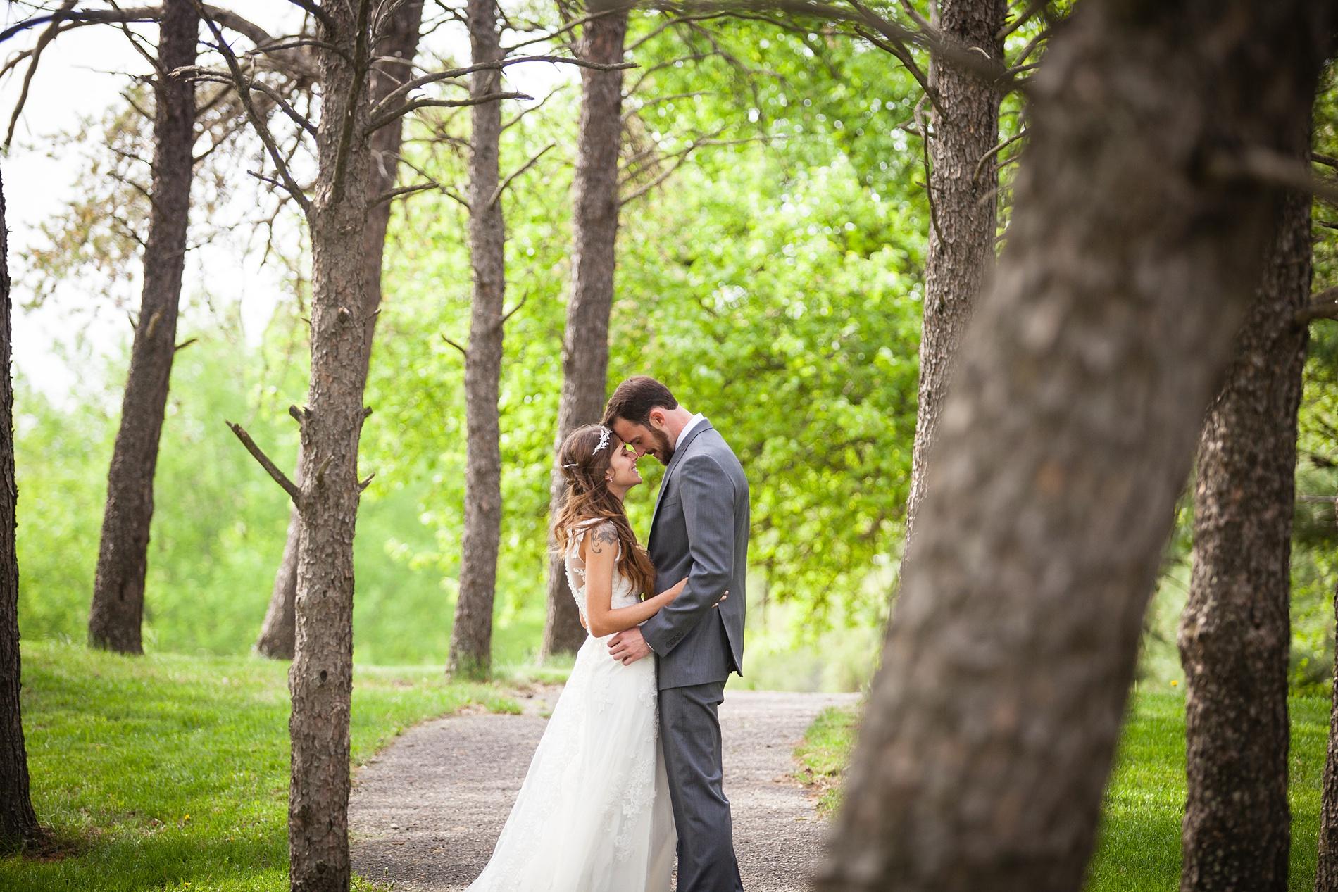 Brandon_Shafer_Photography_Brett_Autumn_Wedding_0033.jpg