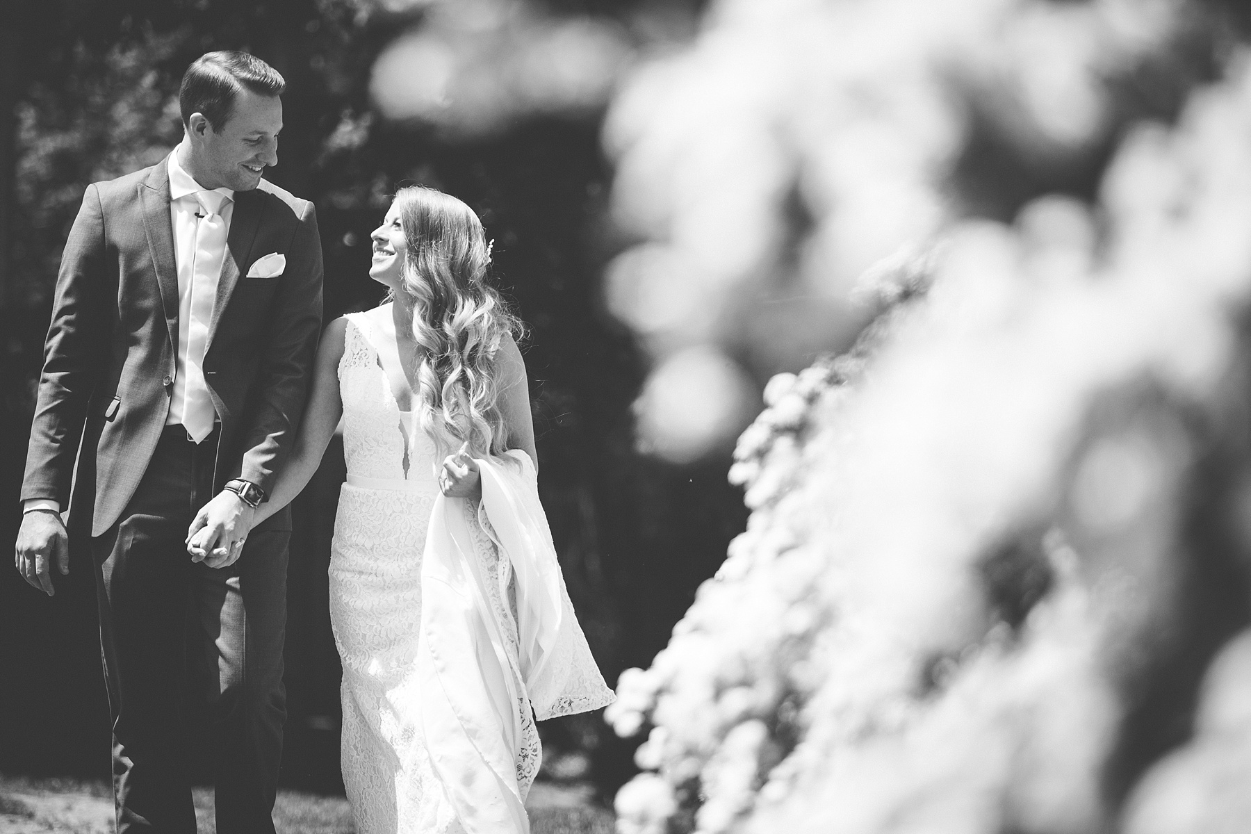 Brandon_Shafer_Photography_Kara_Doug_12_corners_Wedding_Benton_Harbor_0019.jpg