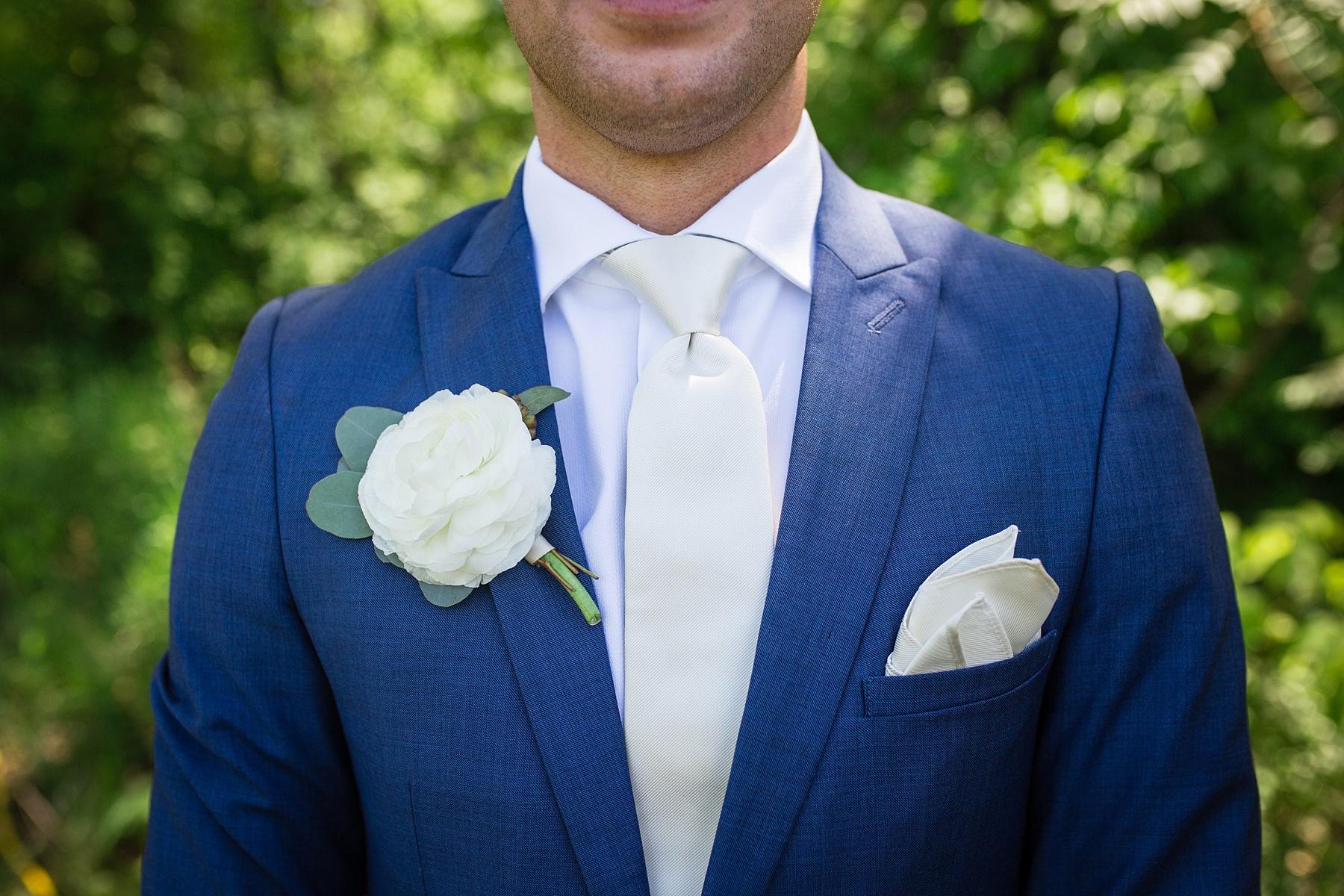 Brandon_Shafer_Photography_Kara_Doug_12_corners_Wedding_Benton_Harbor_0032.jpg