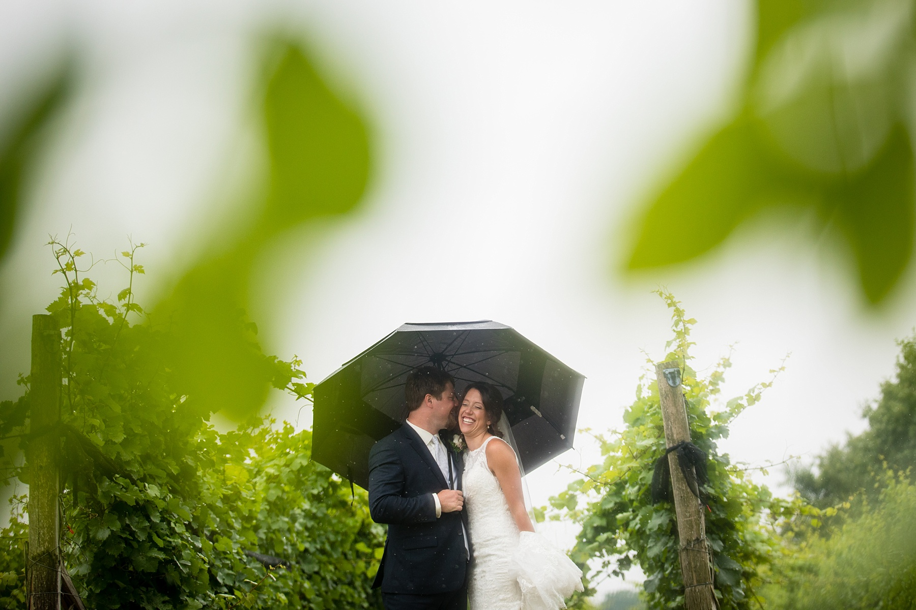 Brandon_Shafer_Photography_Elizabeth_Scott_Traverse_City_Wedding_0025.jpg