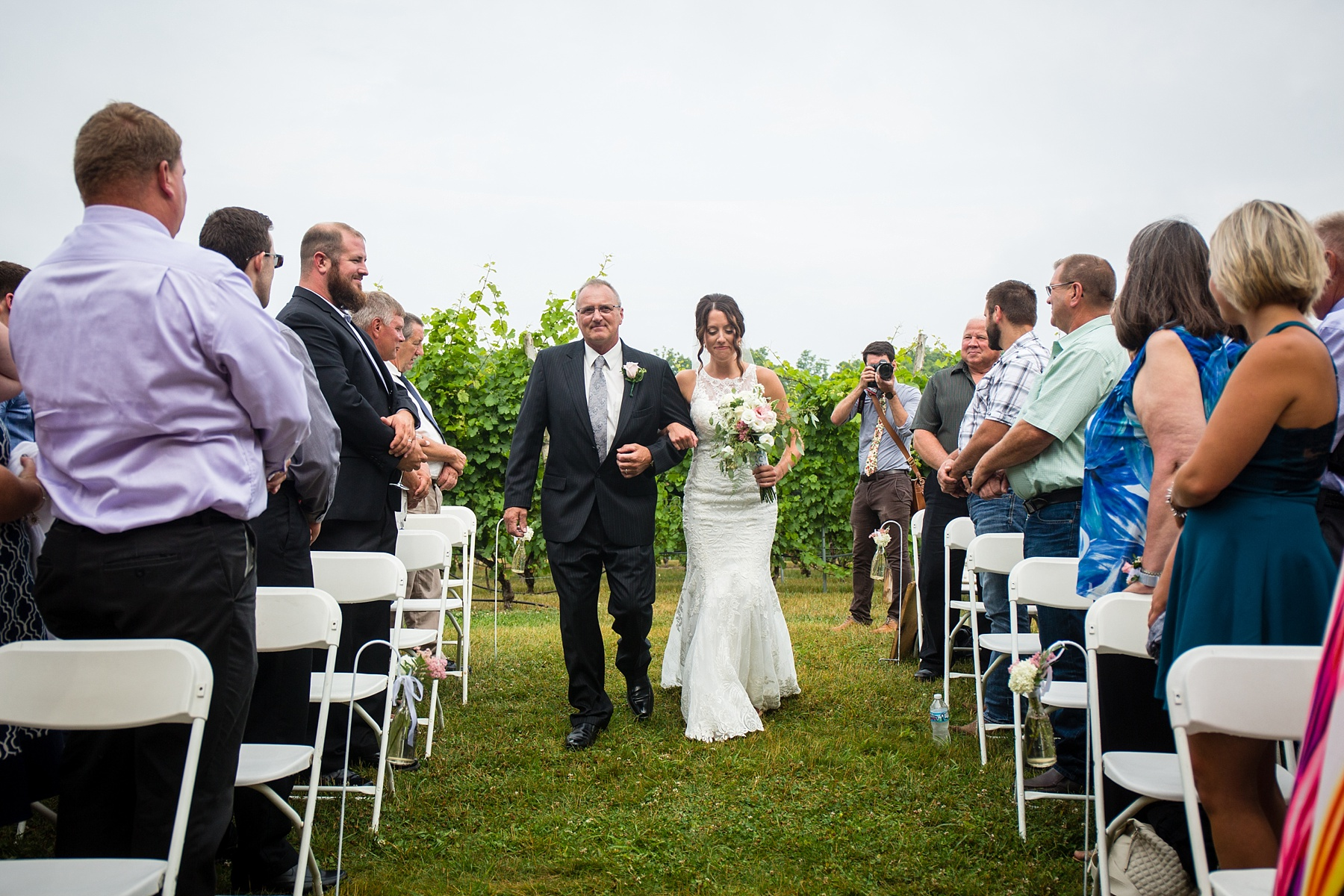 Brandon_Shafer_Photography_Elizabeth_Scott_Traverse_City_Wedding_0030.jpg