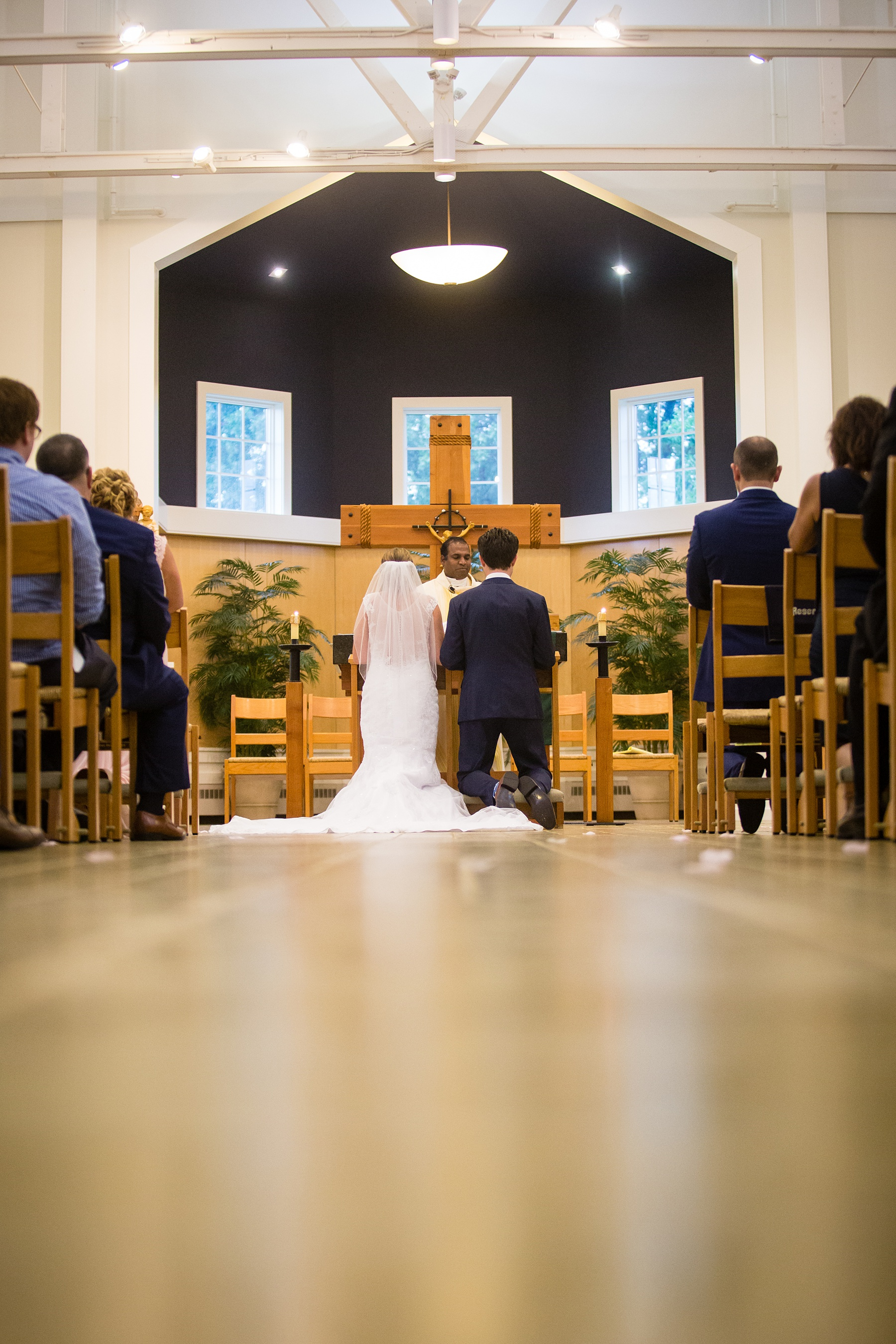 Brandon_Shafer_Photography_Emily_Steve_Bay_Pointe_GunLake_Wedding_0027.jpg
