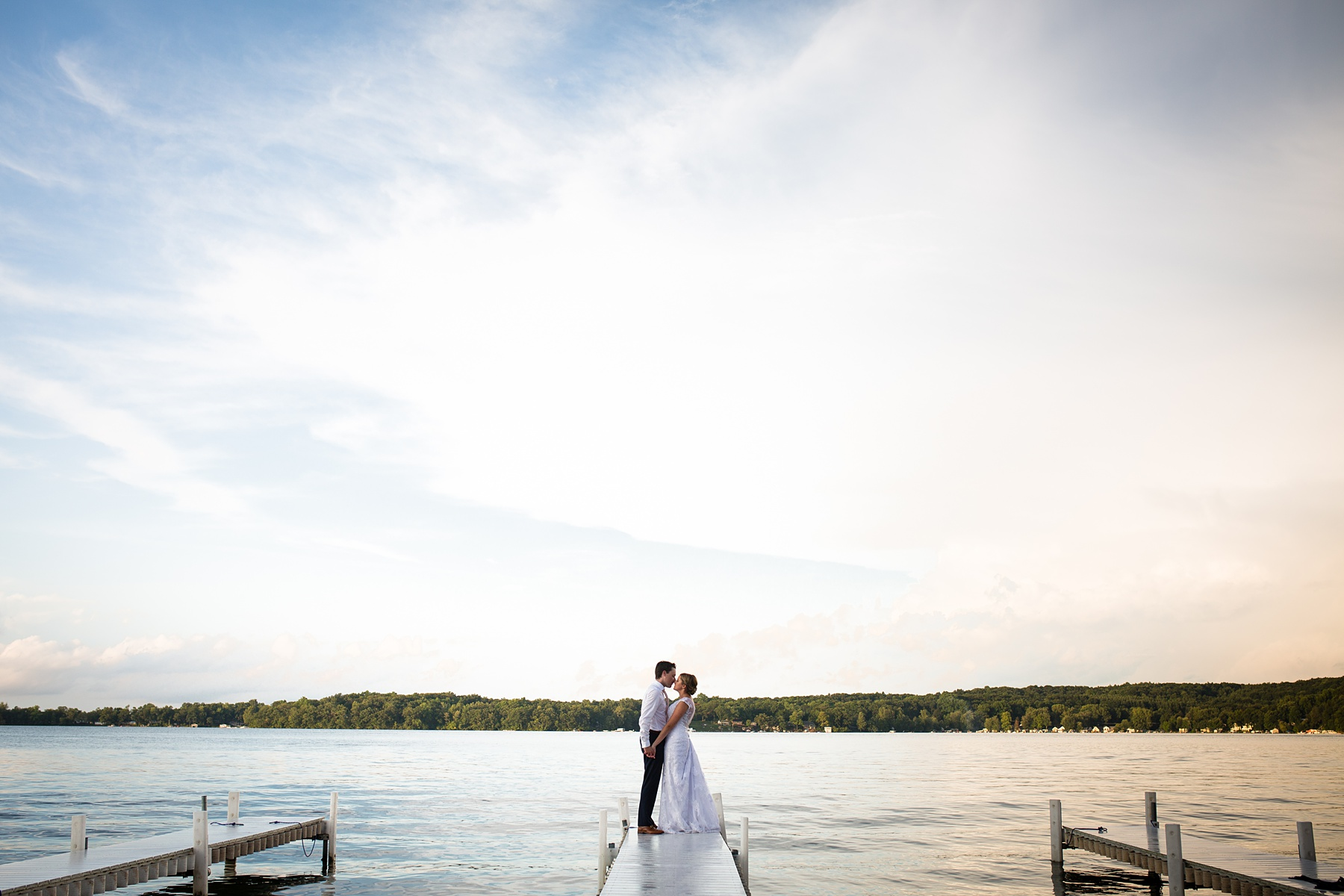 Brandon_Shafer_Photography_Emily_Steve_Bay_Pointe_GunLake_Wedding_0057.jpg