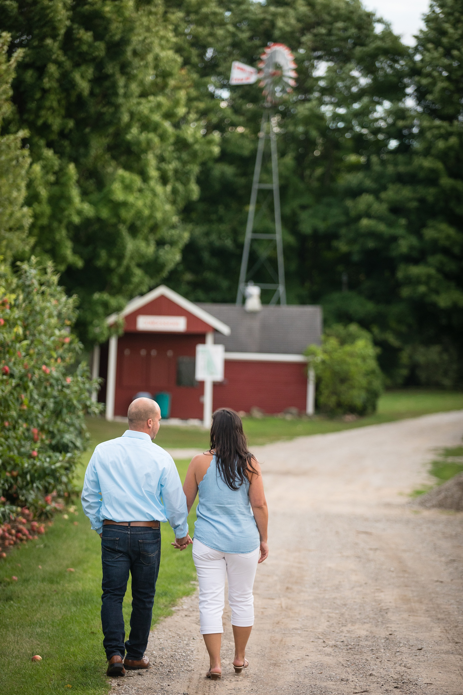Brandon_Shafer_Photography_Danielle_Matt_Apple_Orchard_Engagement_Photos_0021.jpg