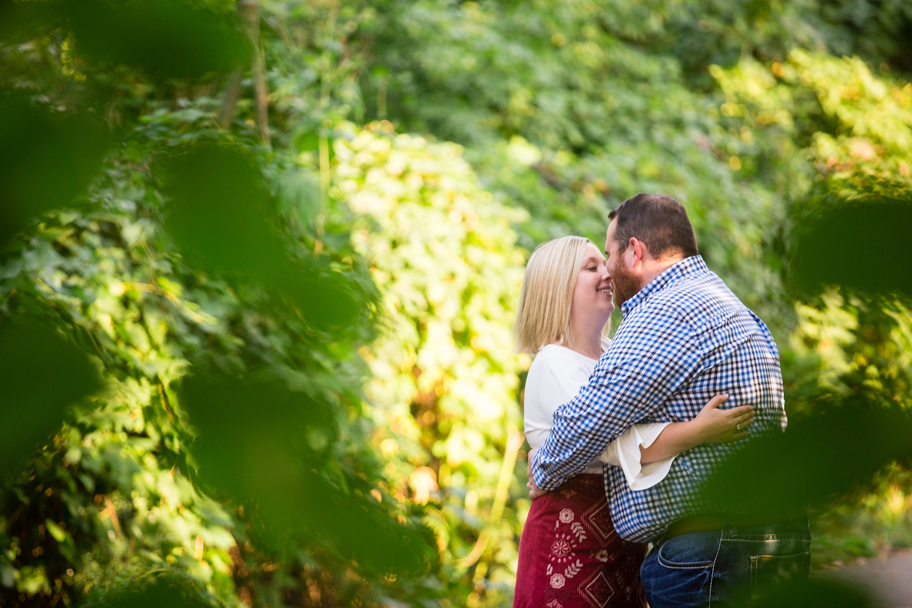 Brandon_Shafer_Photography_Megan_Nate_West_Michigan_Engagement_Photos_0007.jpg