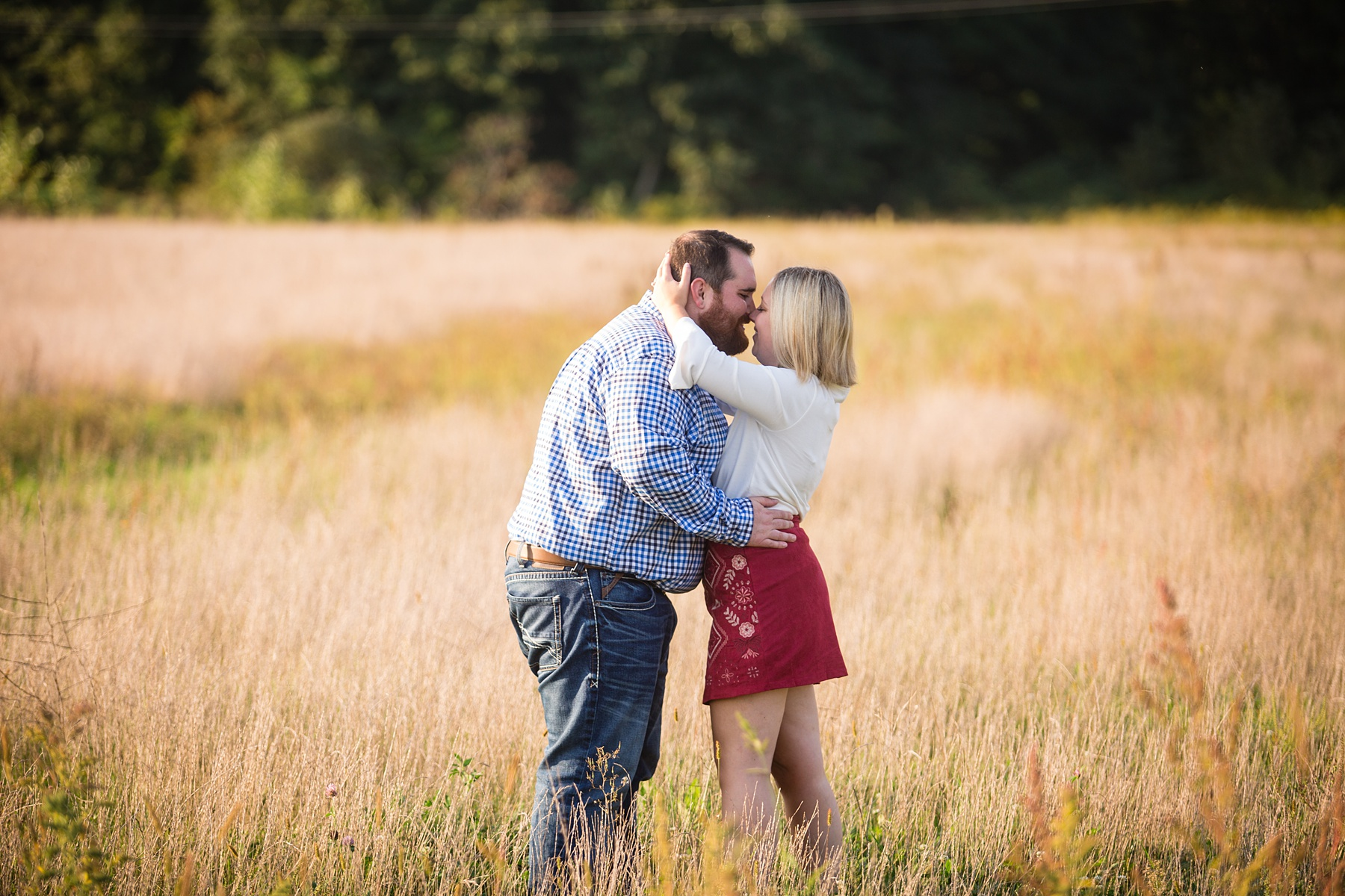 Brandon_Shafer_Photography_Megan_Nate_West_Michigan_Engagement_Photos_0009.jpg