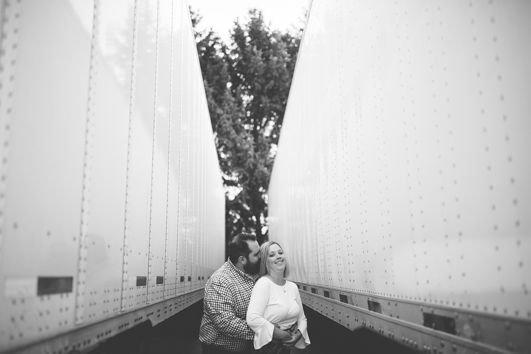 Brandon_Shafer_Photography_Megan_Nate_West_Michigan_Engagement_Photos_0014.jpg