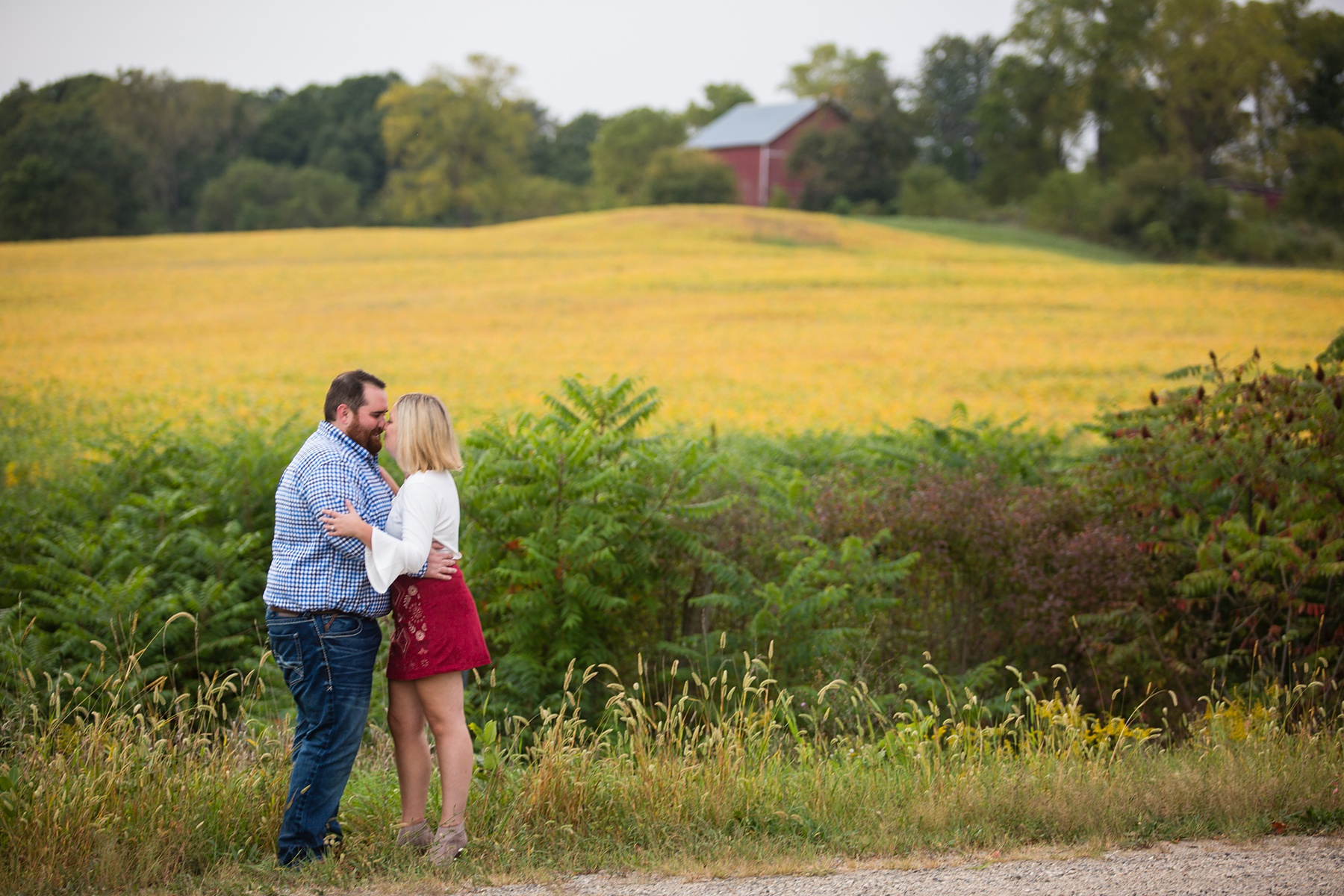 Brandon_Shafer_Photography_Megan_Nate_West_Michigan_Engagement_Photos_0016.jpg